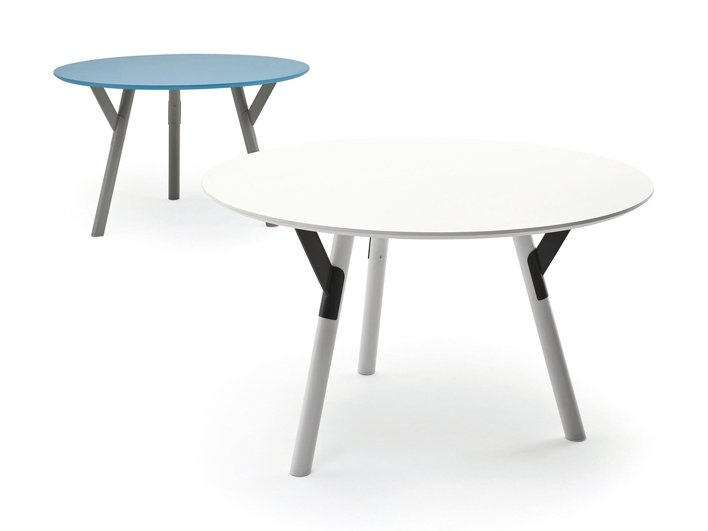 Link round table link collection by varaschin design alain for Table exterieur hpl
