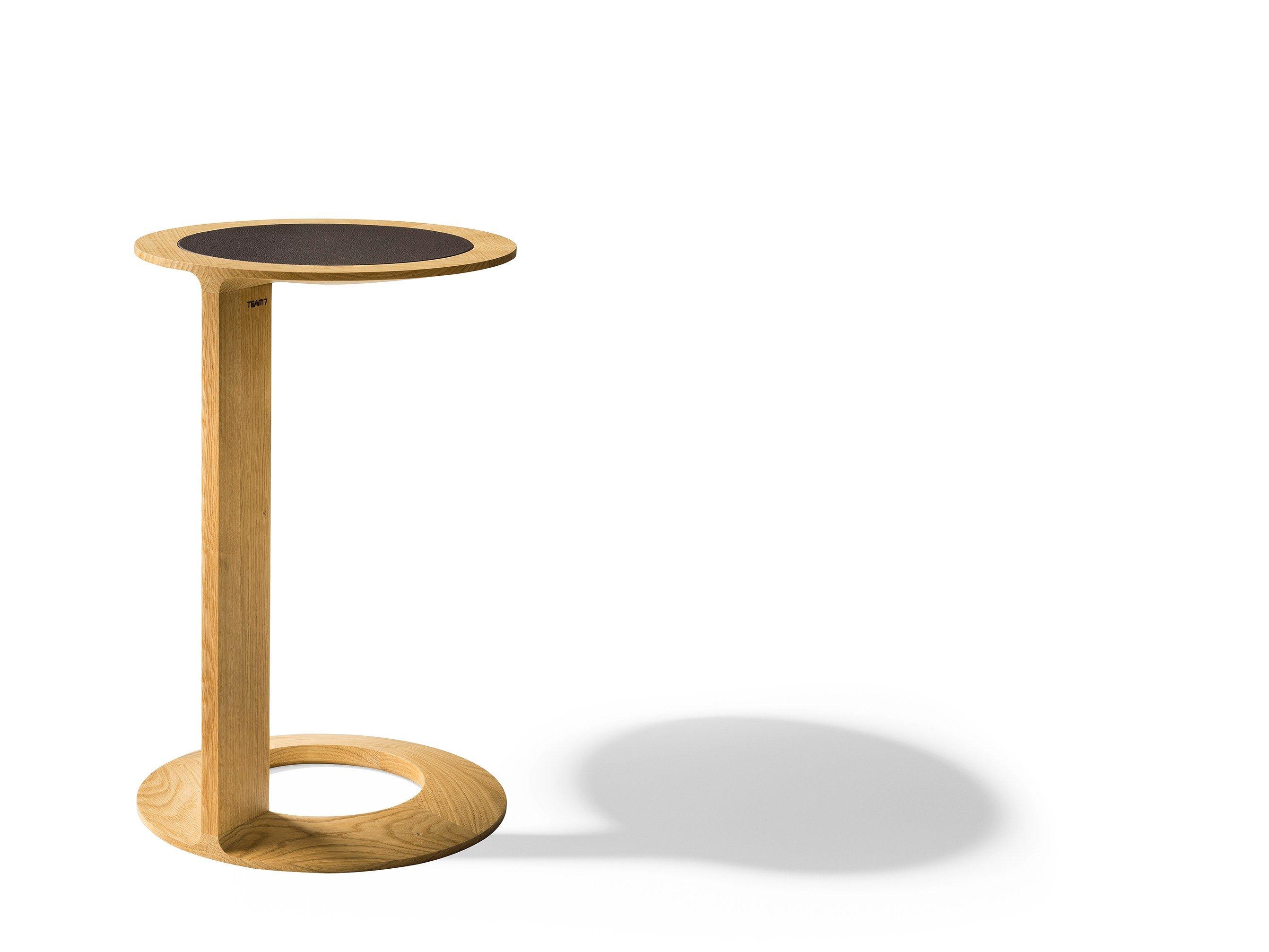Tavolino di servizio rotondo in legno massello LOOP by TEAM 7 Natürlich Wohne...