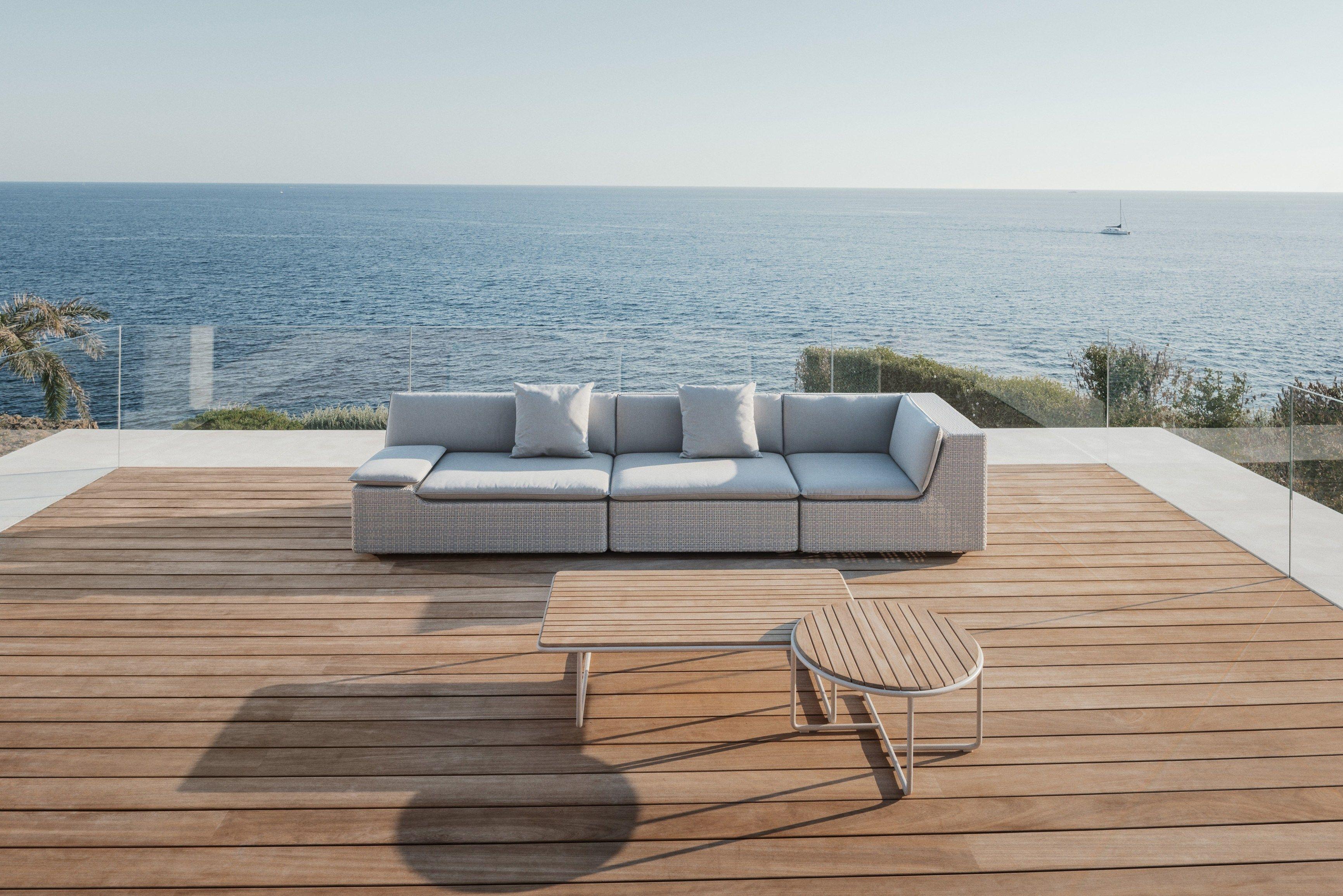lou modular sofa lou collection by dedon design toan nguyen. Black Bedroom Furniture Sets. Home Design Ideas