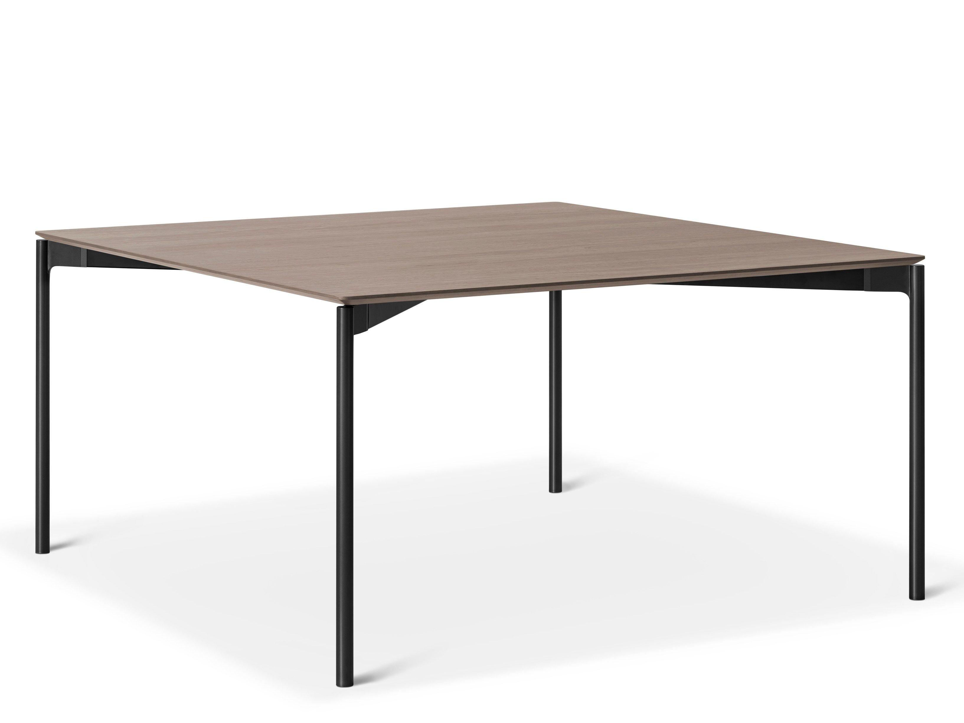 Tavolo rettangolare in alluminio e legno luce by lema for Tavolo in alluminio