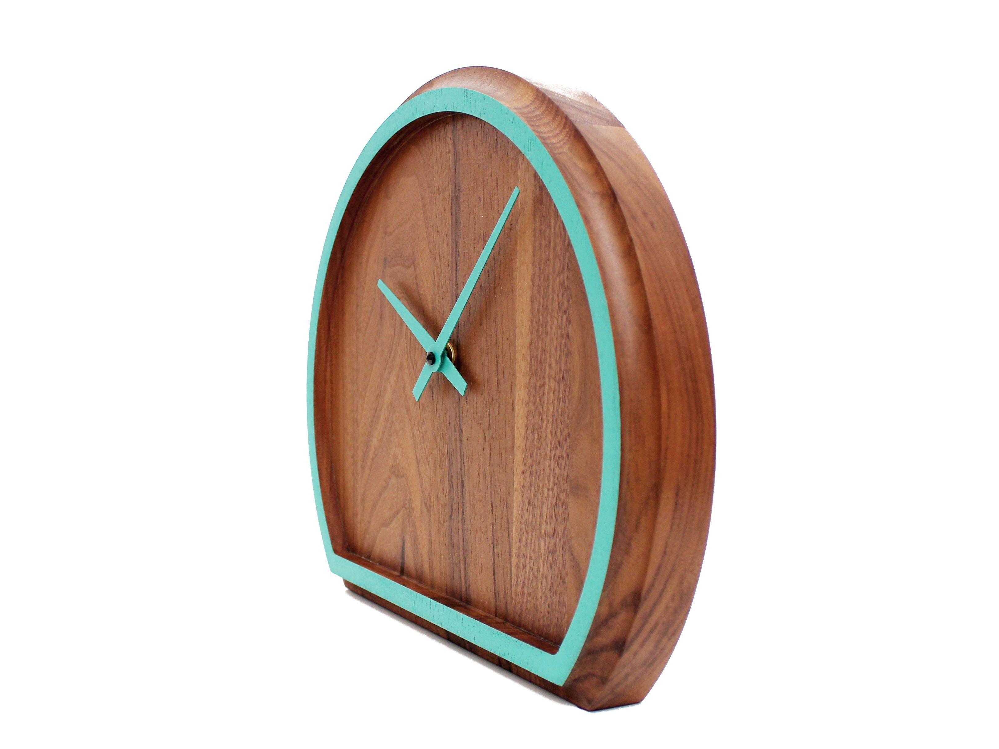 madera uhr aus walnussotono design