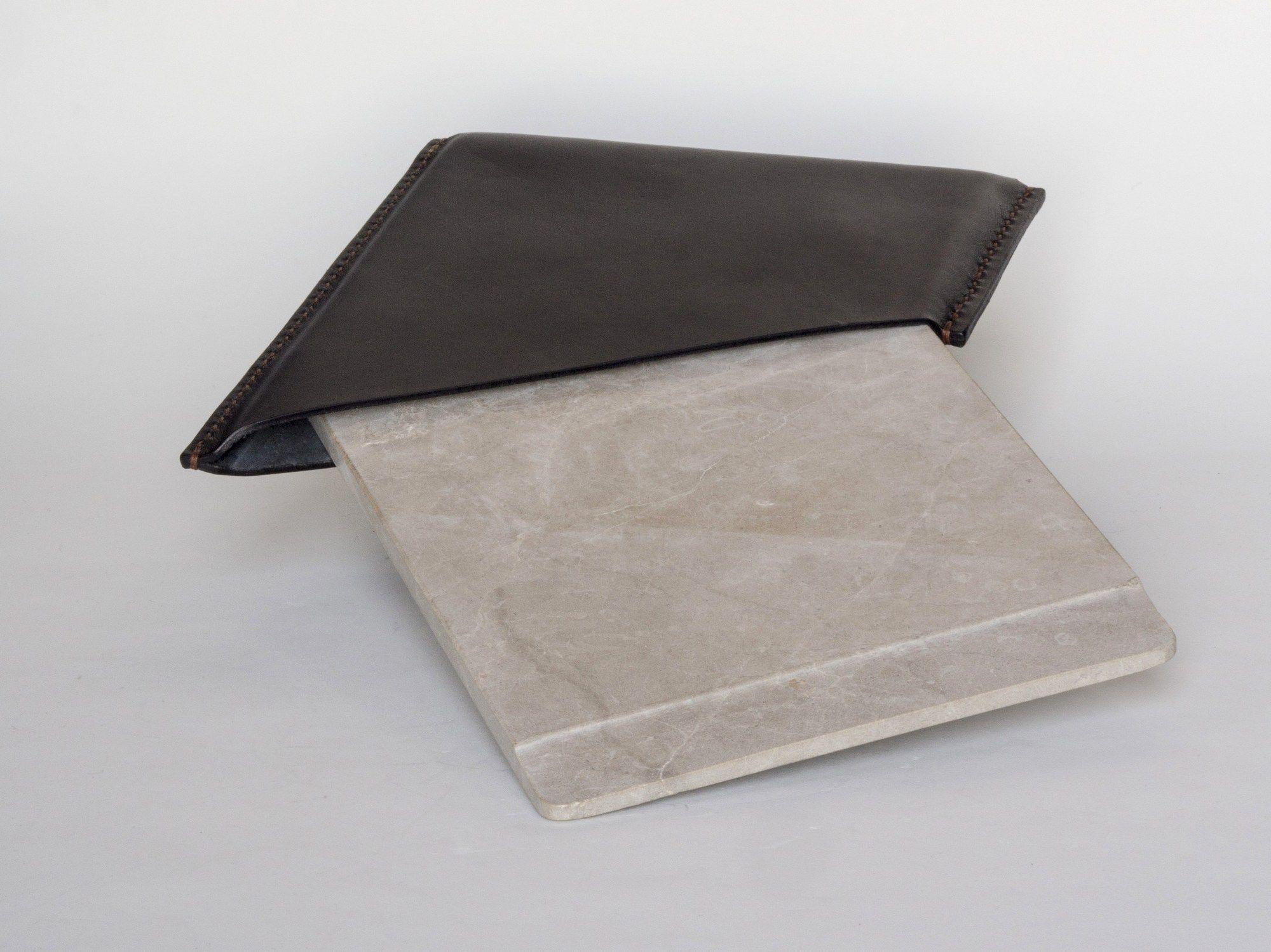 Tagliere rettangolare in marmo mappe by gumdesign for Tagliere in marmo