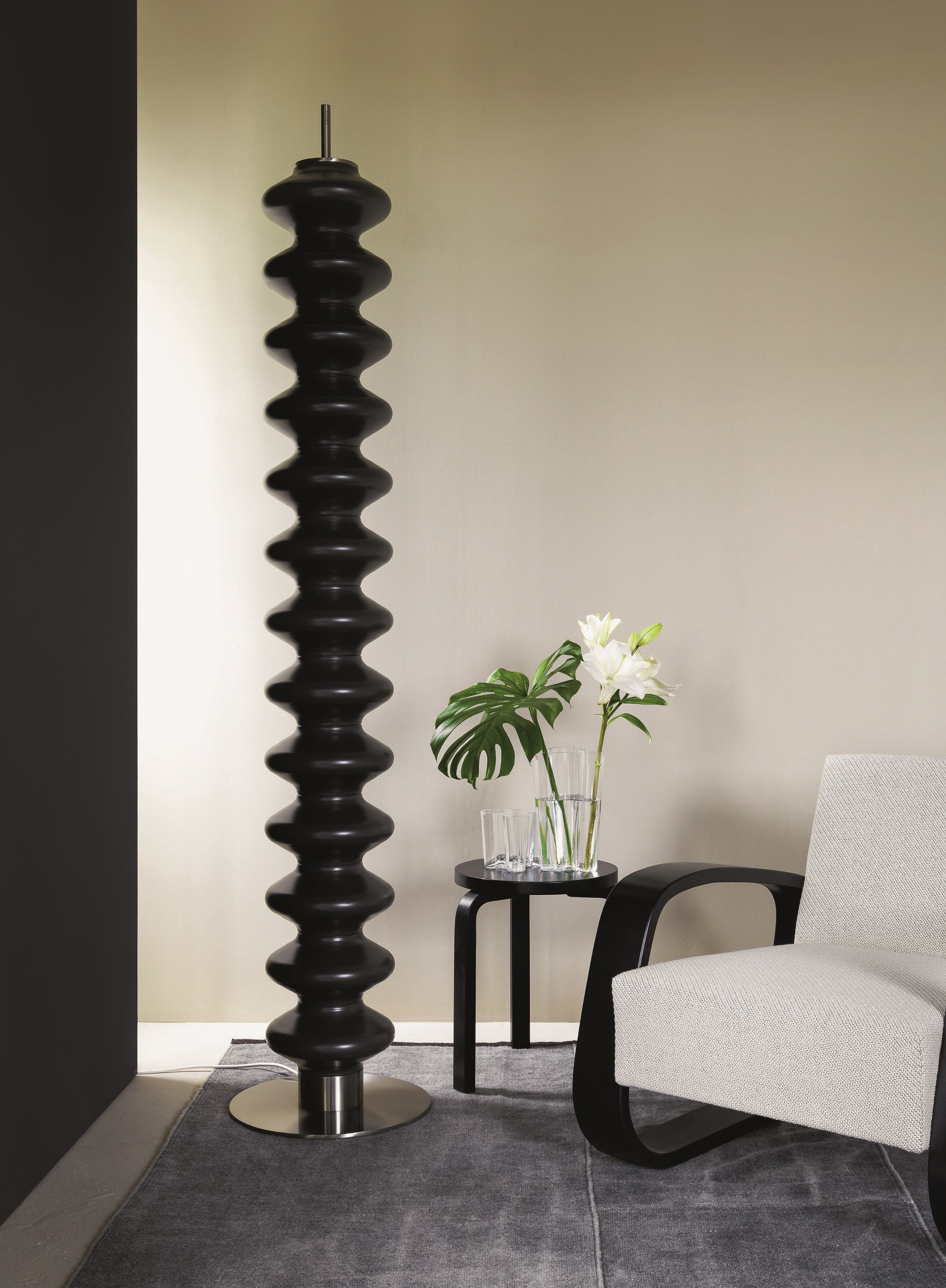 Milano floor standing decorative radiator by tubes for Design milano