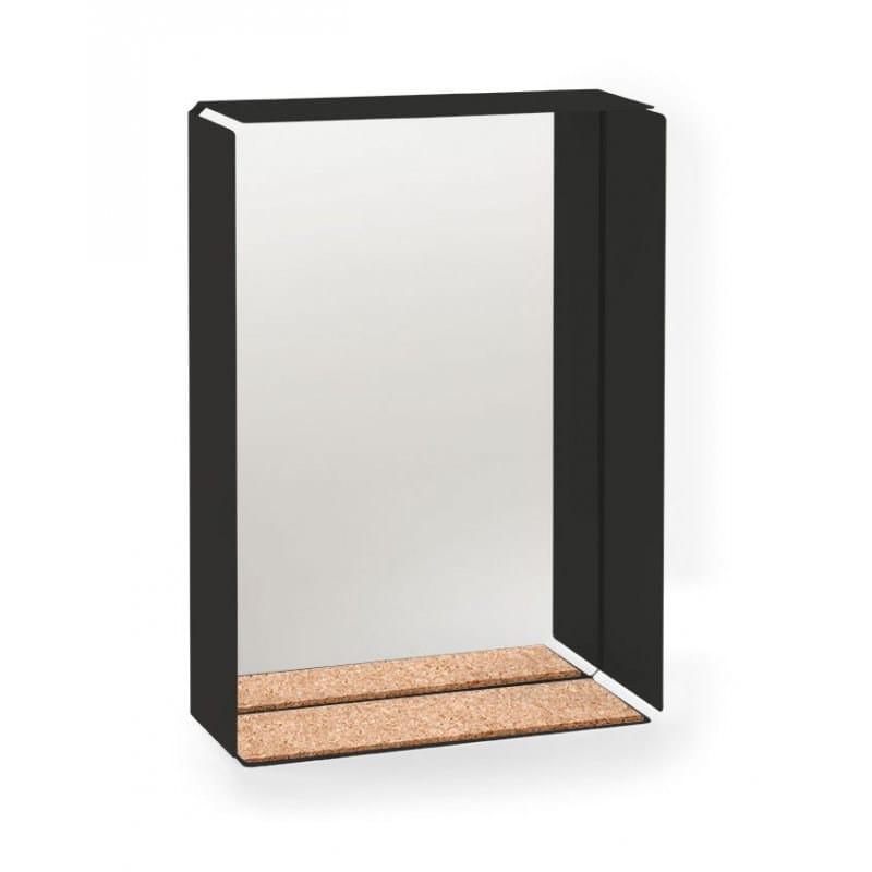 Mirror box | performance by milo moiré