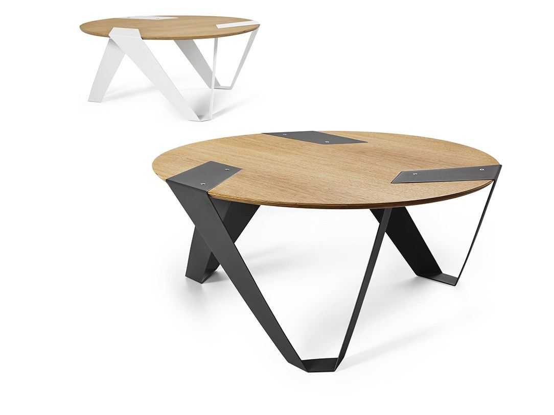 table basse ronde en aluminium et bois mobiush by tabanda. Black Bedroom Furniture Sets. Home Design Ideas