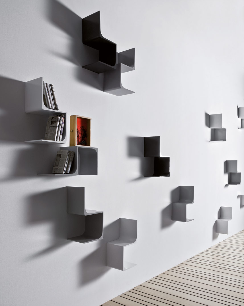 MP3 Wall shelf by PIANCA