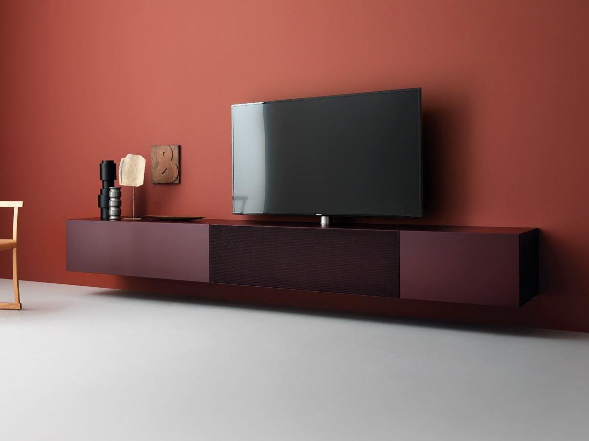 Mobile tv laccato sospeso in legno con altoparlanti for Mobile tv sospeso