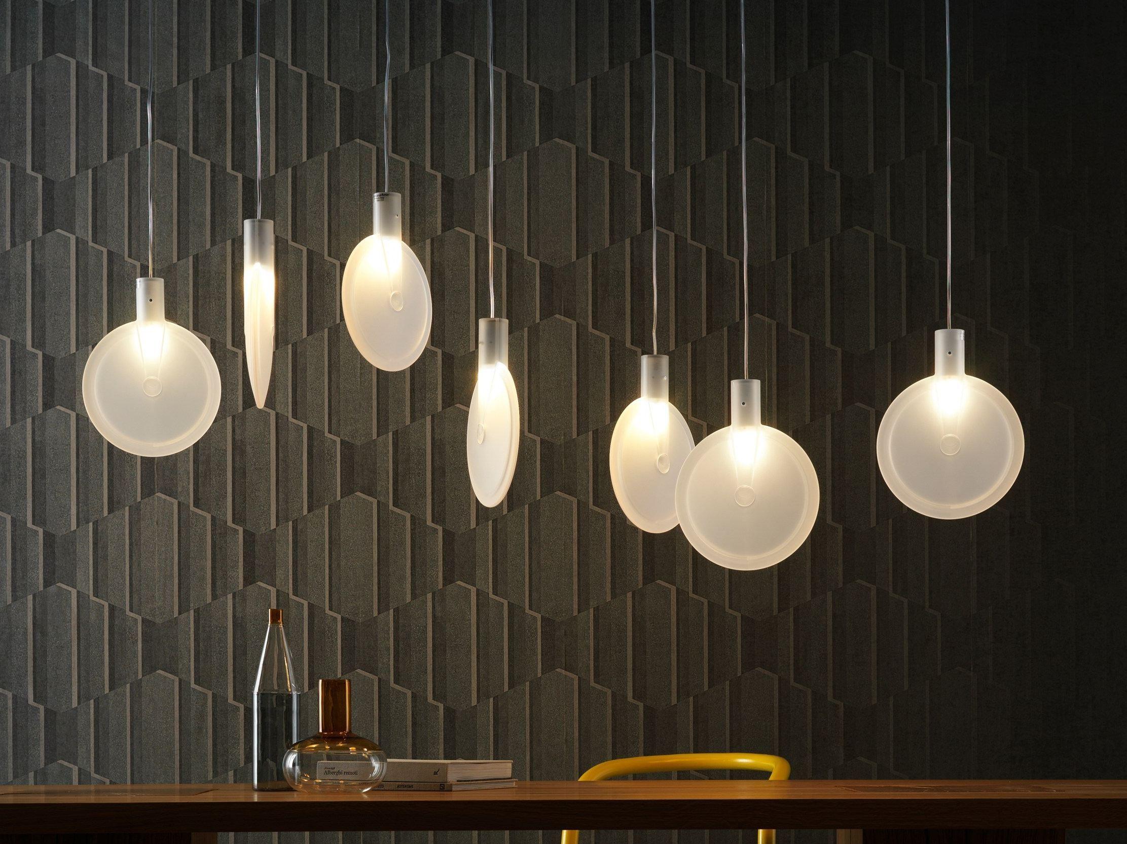 Led pendant lamp nebra by fontanaarte design sebastian herkner - Lampadari colorati design ...