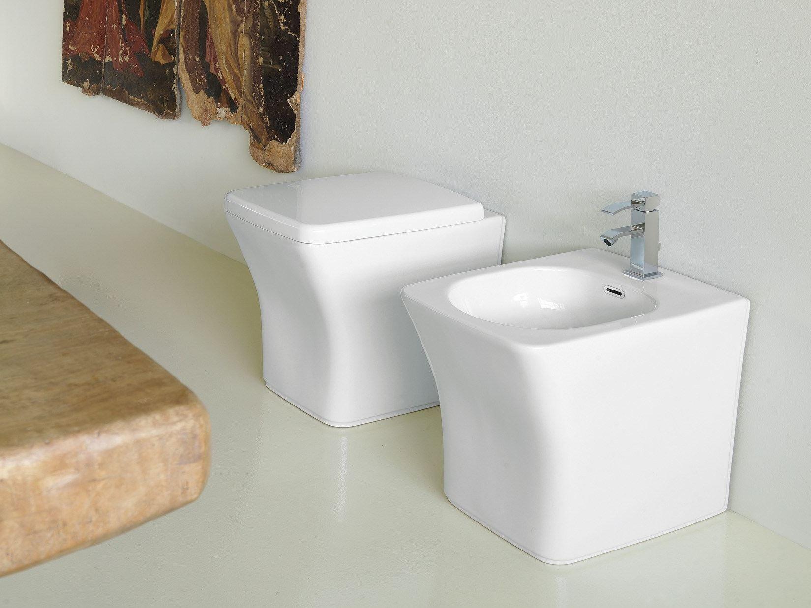 neutra | wc by newform design luca cimarra - Ceramica Bagno Fluida Di Newform