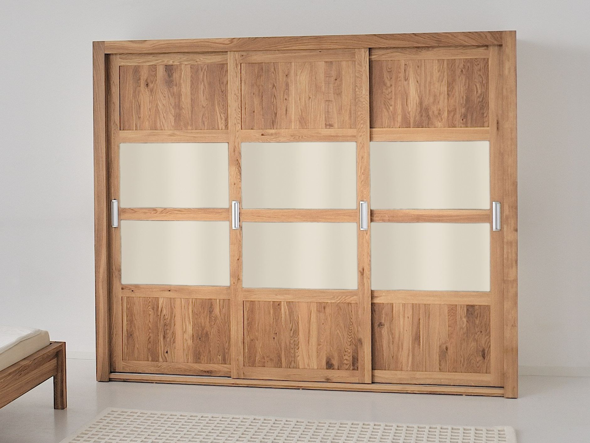 armoire en bois massif portes coulissantes note by vitamin design design gg designart. Black Bedroom Furniture Sets. Home Design Ideas