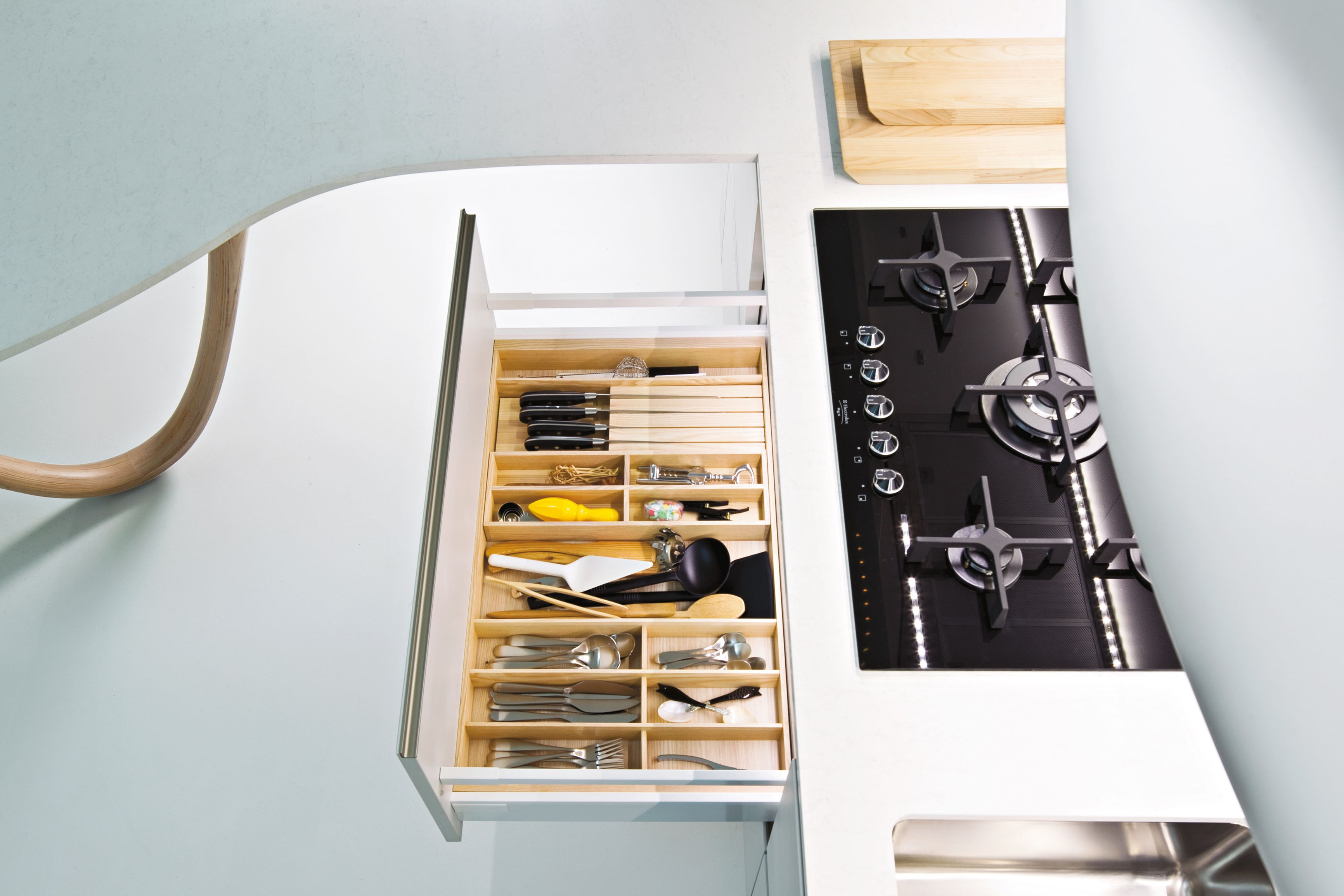 Ola 20 cucina con penisola by snaidero design pininfarina - Cucina ola 20 snaidero ...