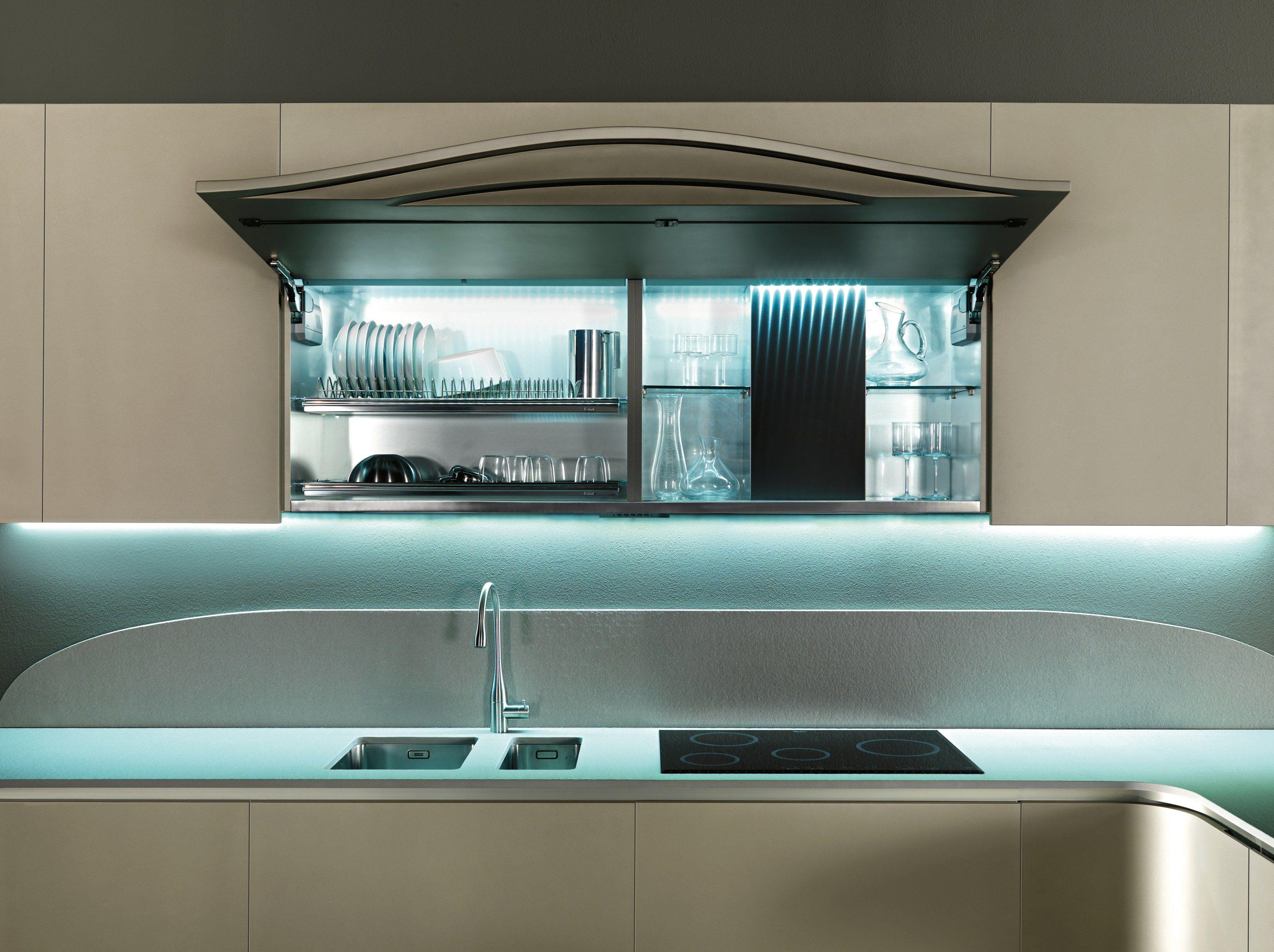 OLA 20 Cocina con península by Snaidero diseño Pininfarina