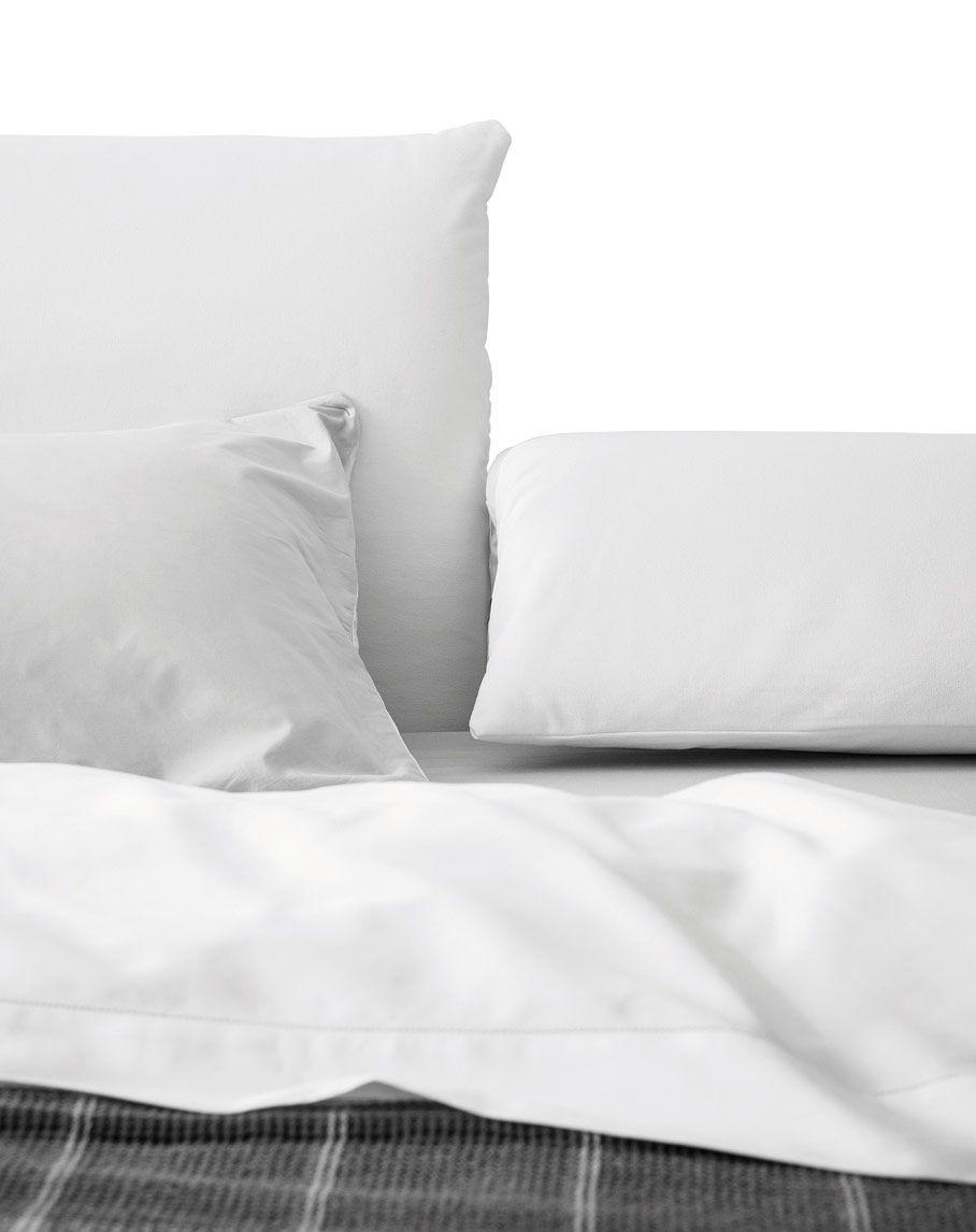 Oriente letto con testiera regolabile by pianca - Testiera letto libreria ...