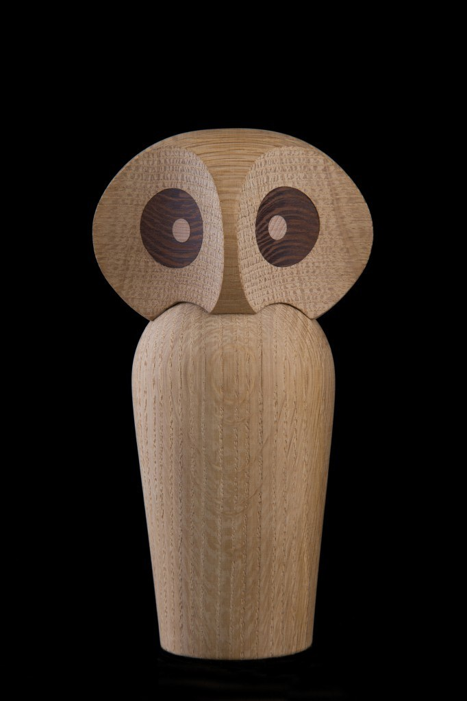 deko objekte spiel aus eichenholz owl by architectmade design paul anker hansen. Black Bedroom Furniture Sets. Home Design Ideas