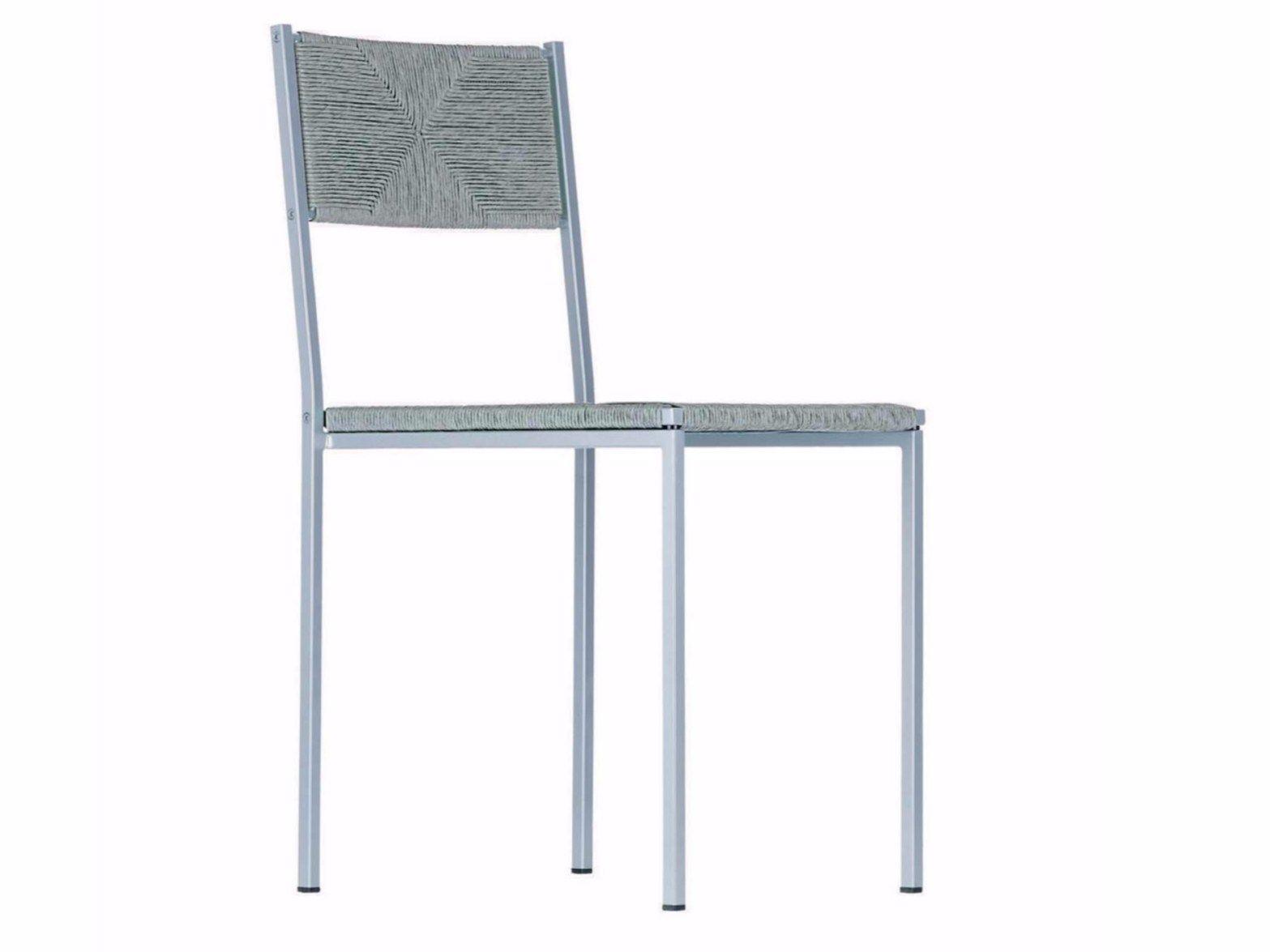 Chaise empilable en paille paludis gemini 154 by alias design giandomenico belotti for Evolution de la chaise