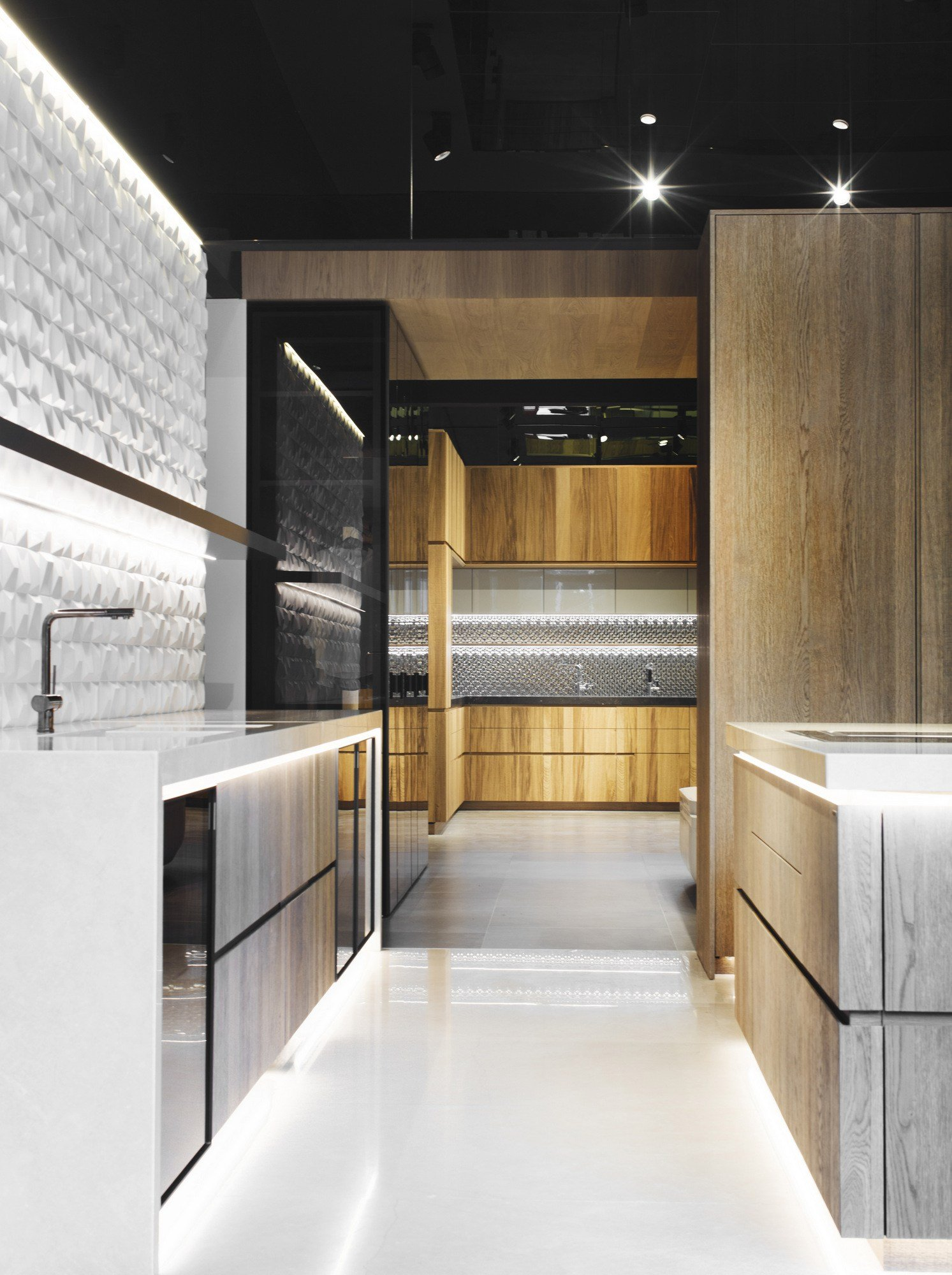 Fitted Kitchen With Island PEPPER By Gamadecor Design