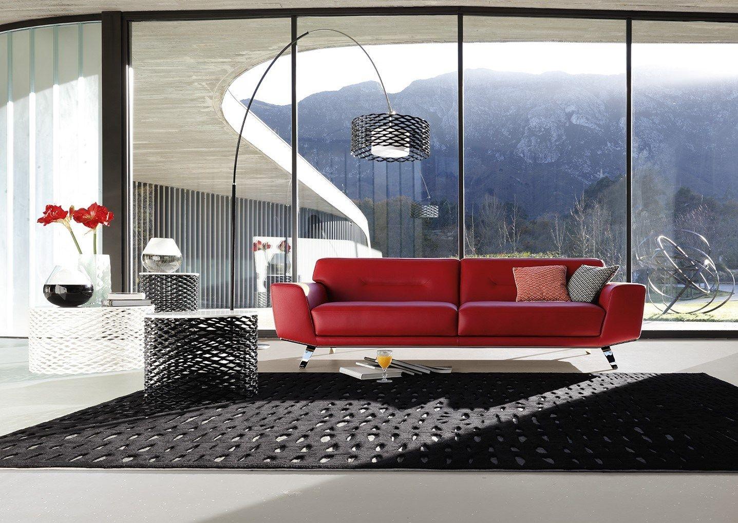 canap 3 places en cuir perle by roche bobois design sacha. Black Bedroom Furniture Sets. Home Design Ideas