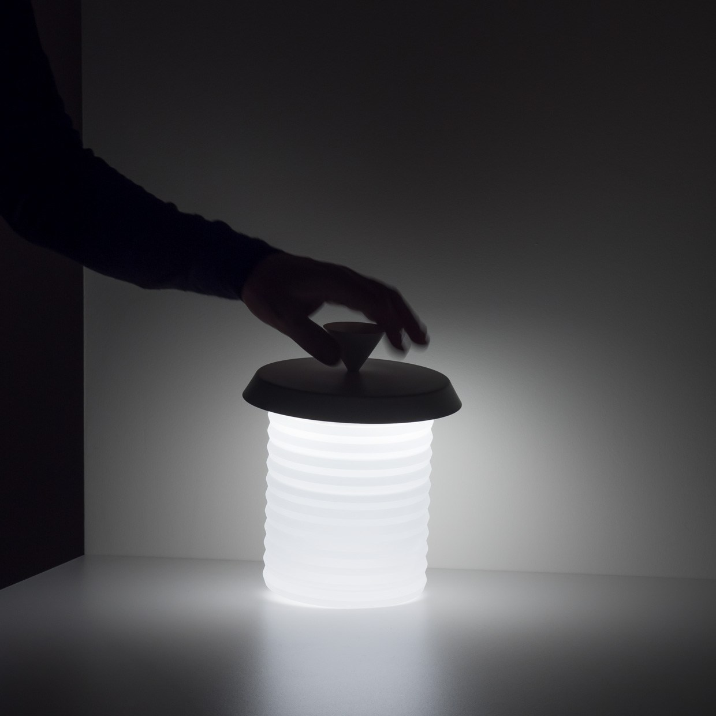 Lampade a LED a batteria ricaricabile PICNIC by DAVIDE GROPPI design Davide Groppi