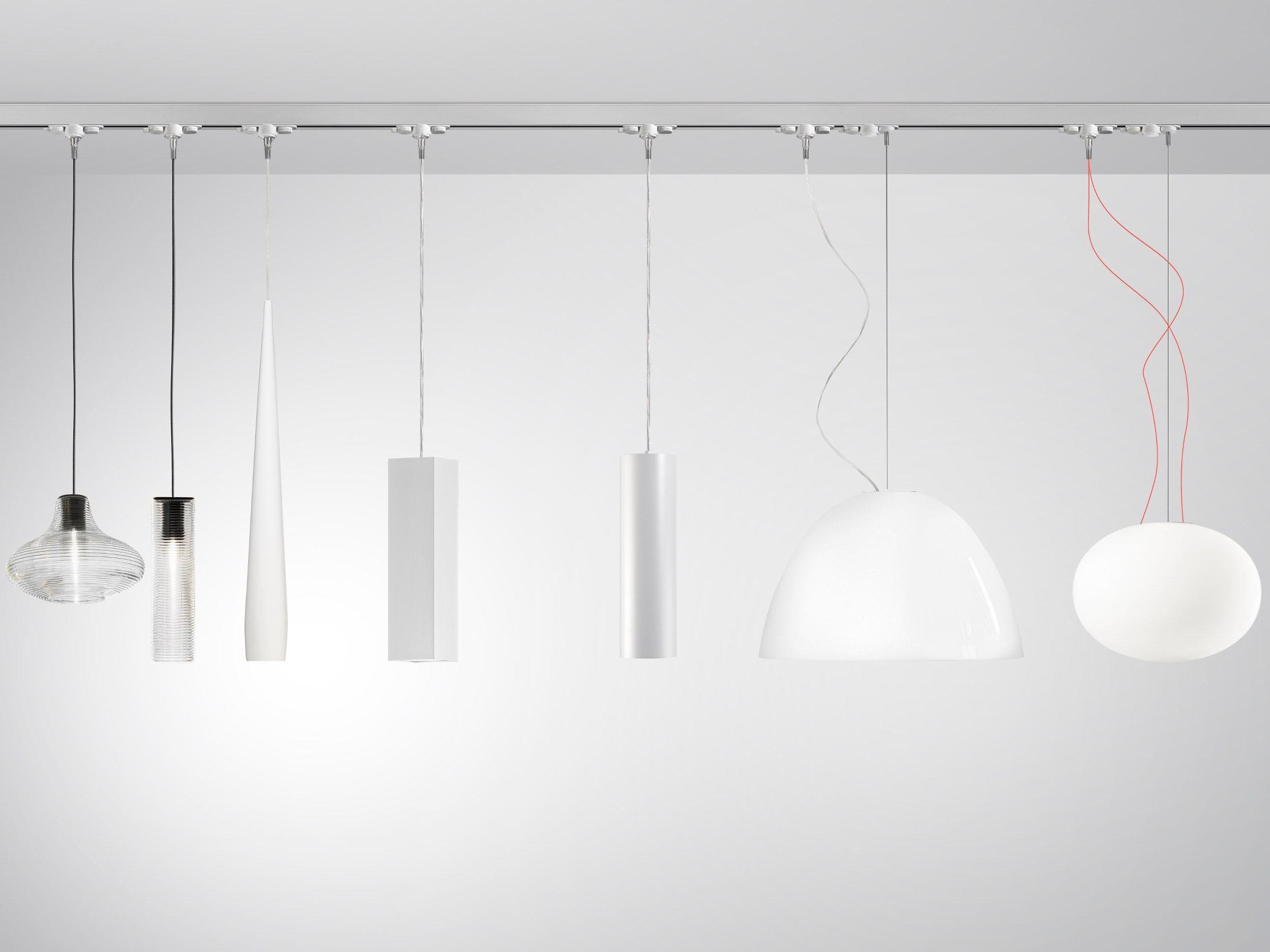 lampe sur rails en aluminium queens by panzeri. Black Bedroom Furniture Sets. Home Design Ideas