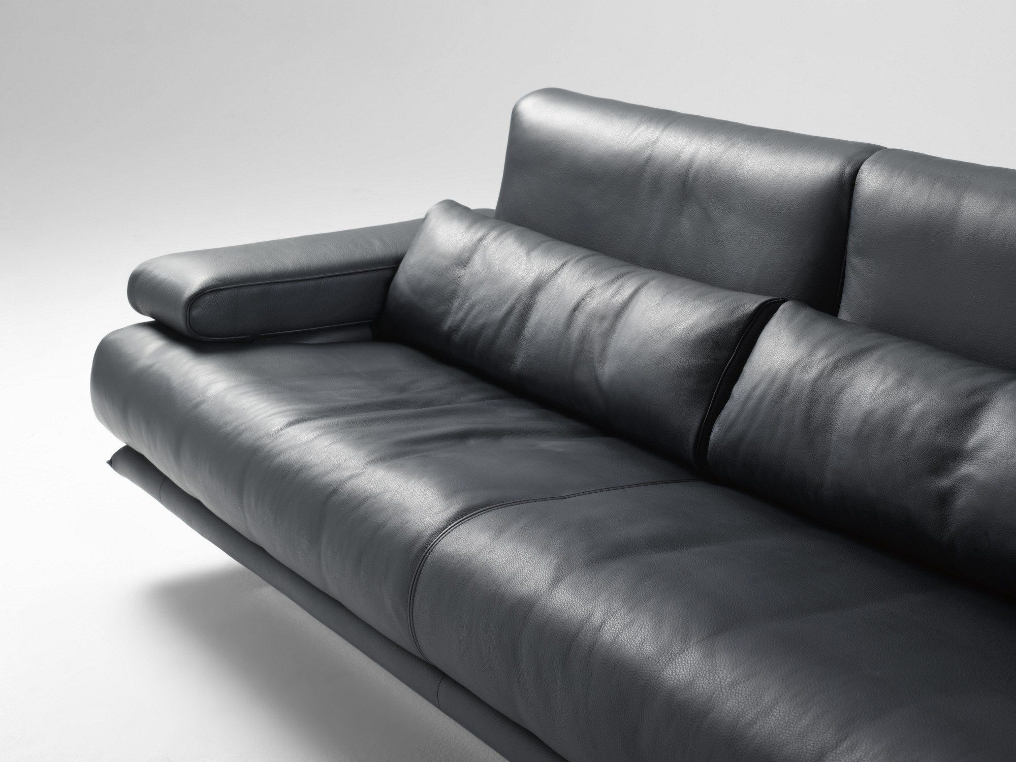 rolf benz 6500 divano by rolf benz design mathias hoffman. Black Bedroom Furniture Sets. Home Design Ideas