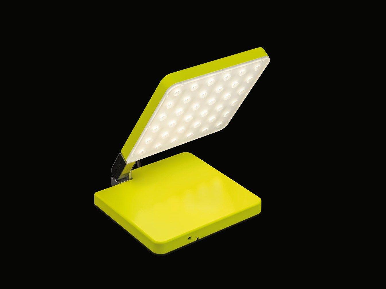 lampada portabile a led orientabile con dimmer roxxane fly. Black Bedroom Furniture Sets. Home Design Ideas