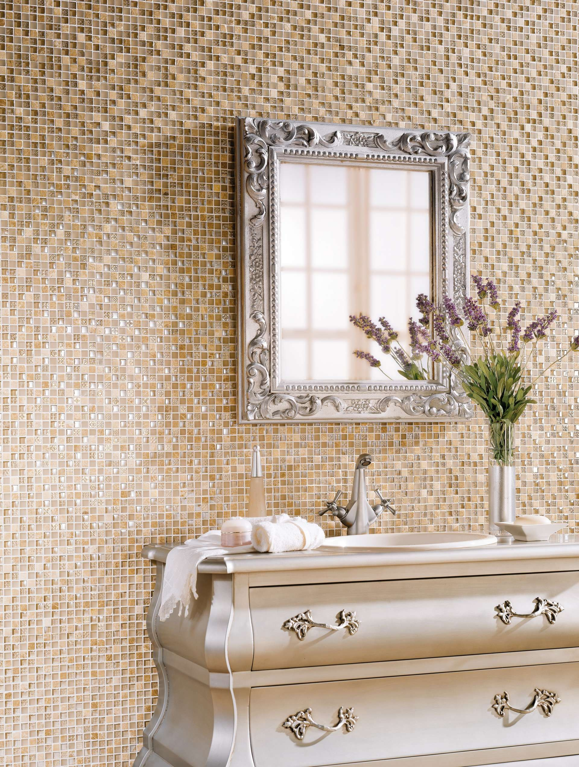 Mosaico in ceramica shapes by harmony for Mosaico ceramica