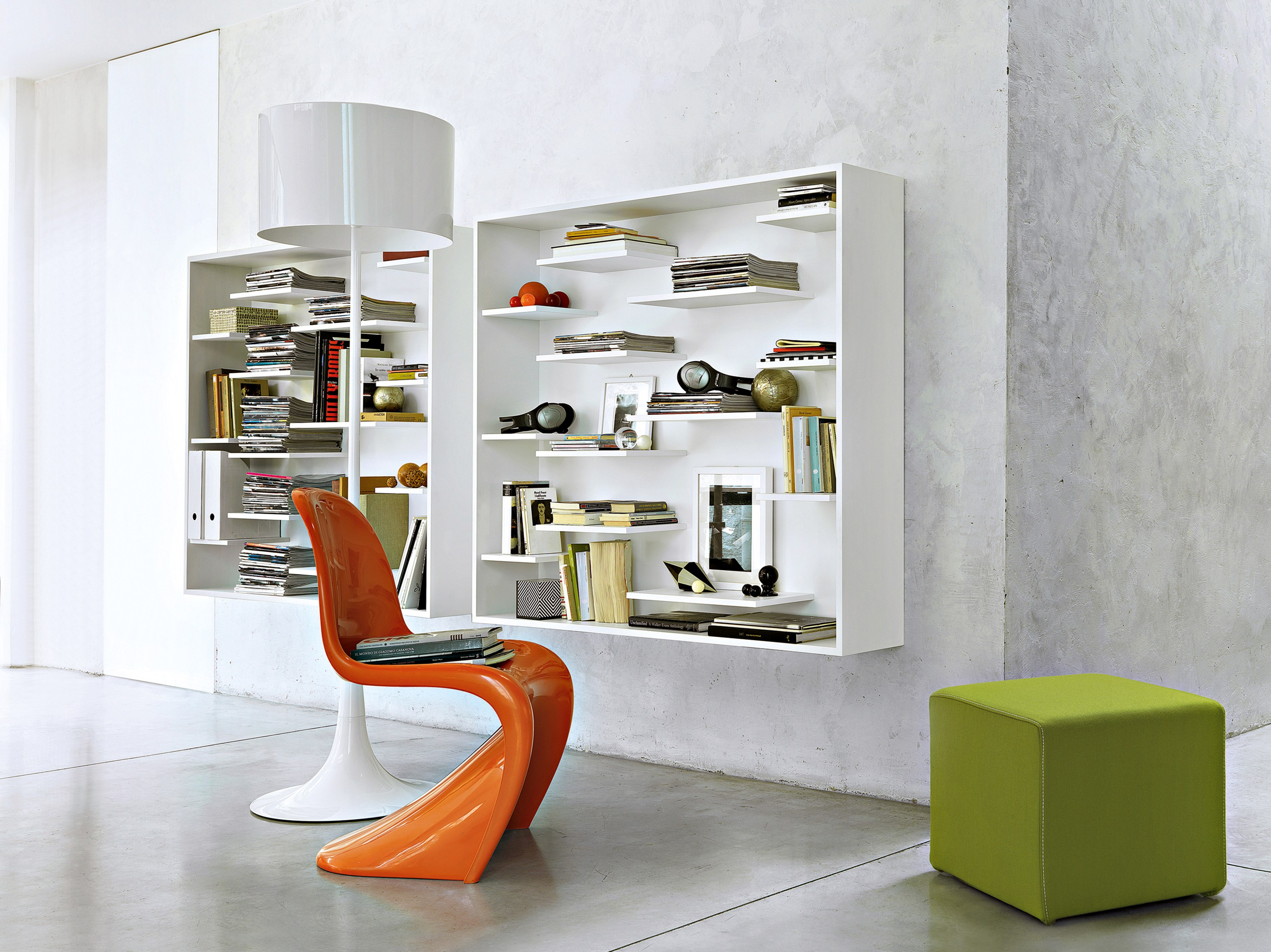 Libreria a parete laccata sospesa in legno SHIFT by Lema design Nendo