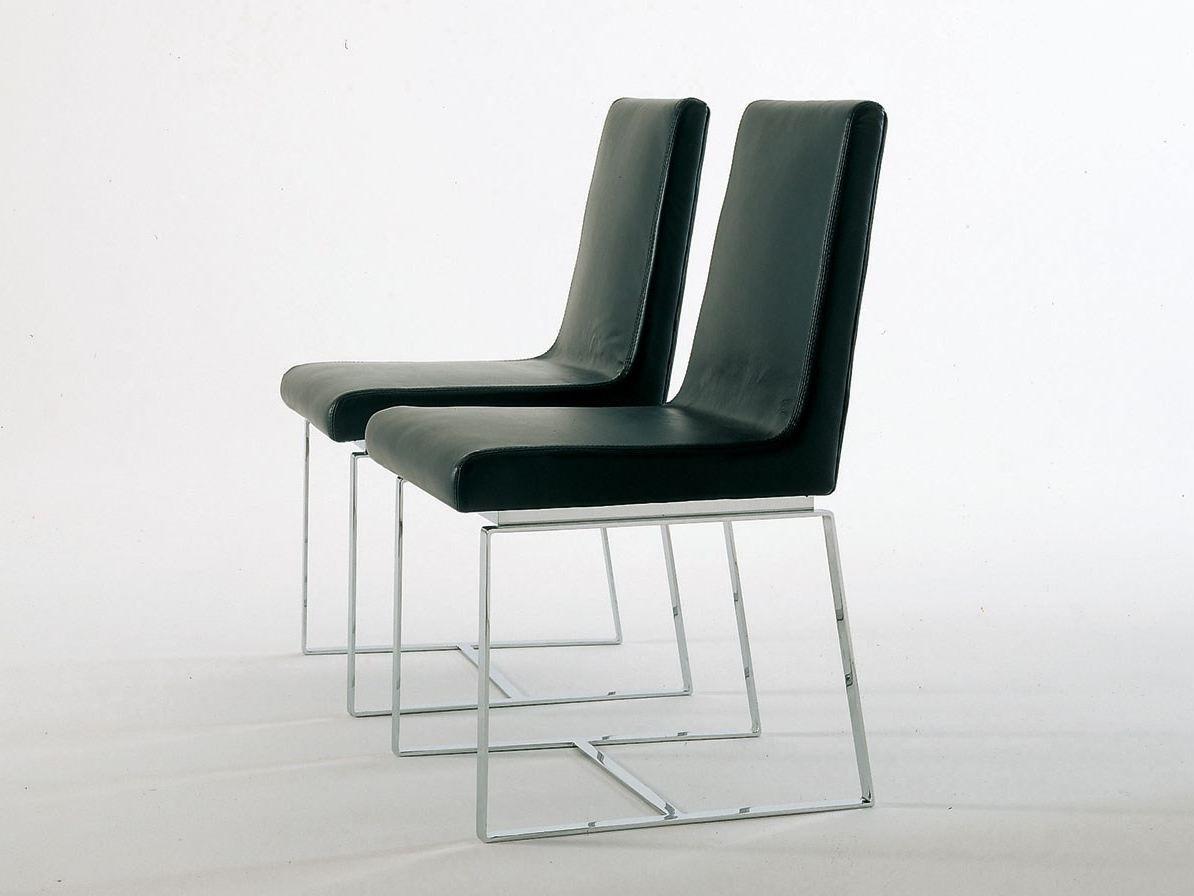 Chaise en polyur thane simple chair by alivar design for Profili arredamenti
