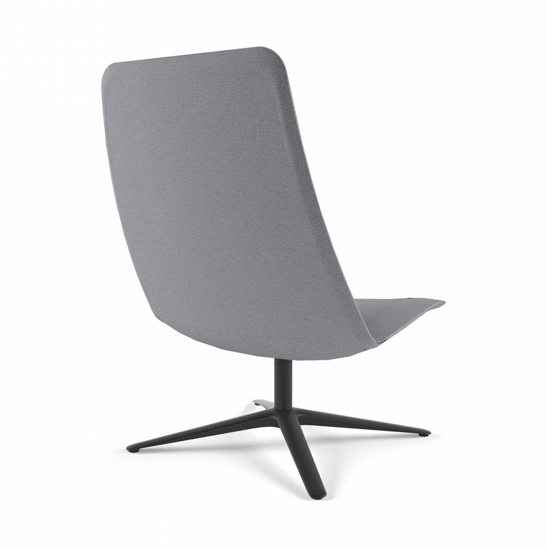 Poltrona girevole a 4 razze slim lounge high 817 for Poltrona girevole design