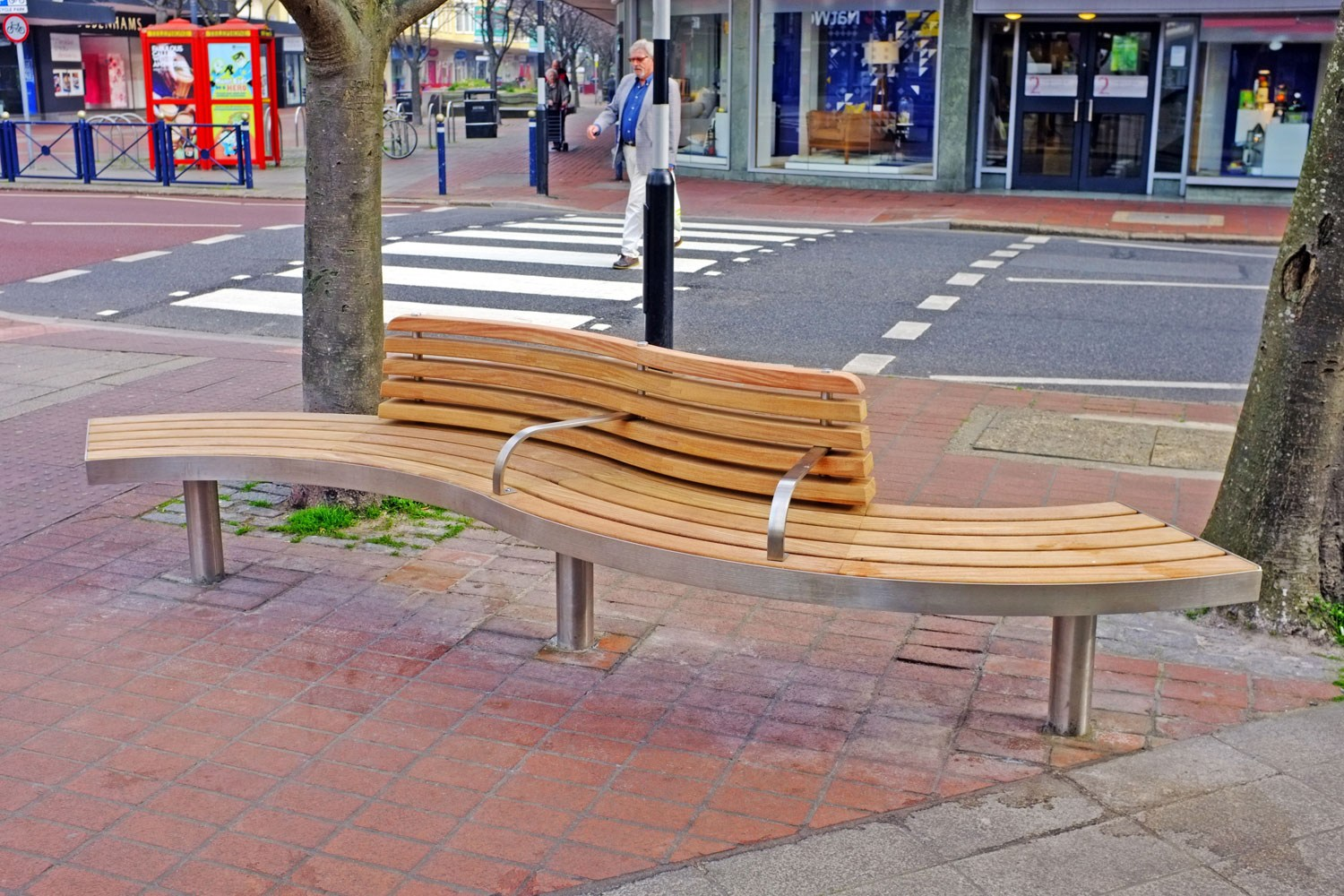 SPLINE TREE Bench with back by Factory Street Furniture