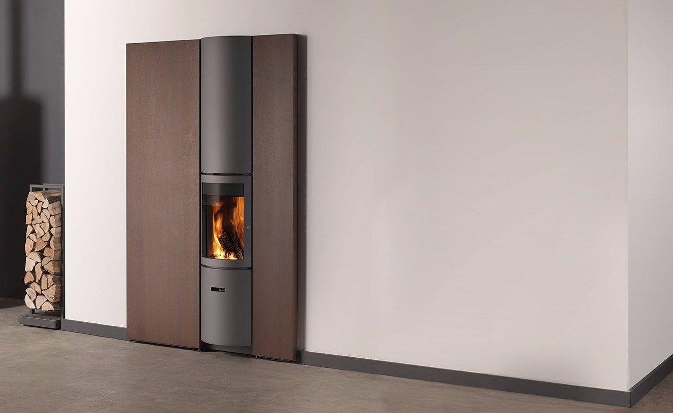 Stufa a legna in acciaio inox a parete per riscaldamento aria st v 30 compact in by st v - Stufa a legna per riscaldamento ...