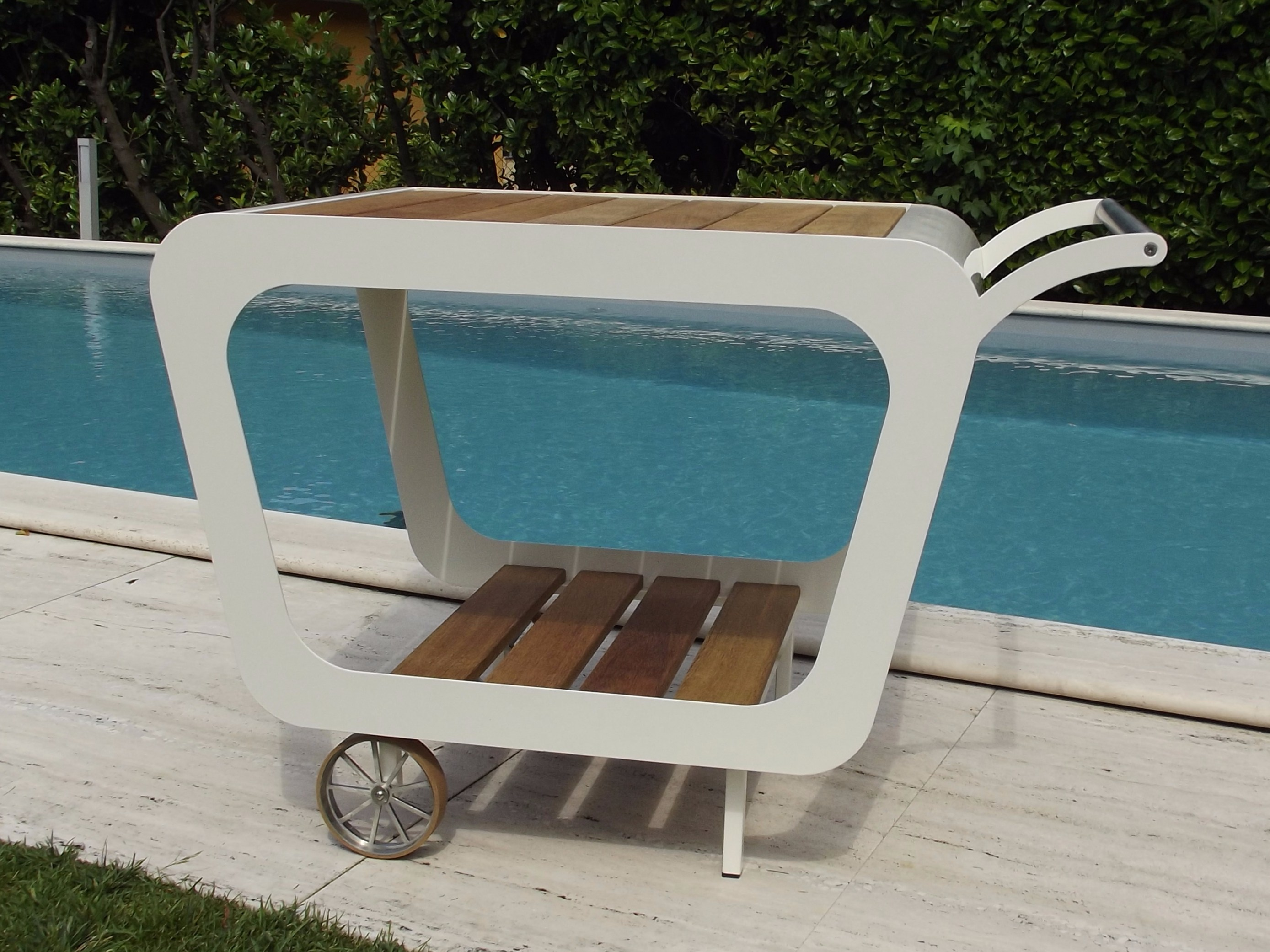 Carrello portavivande sun by lgtek outdoor design marcello - Carrello portavivande design ...