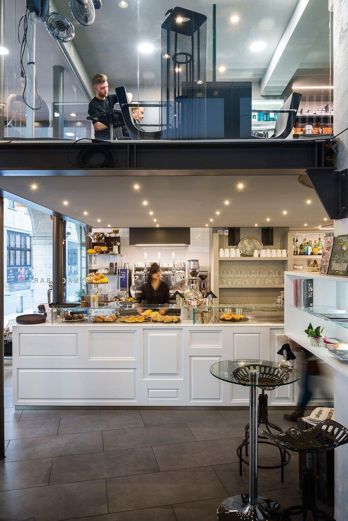 Arredo per negozi by tm italia cucine for Mauri arredamenti