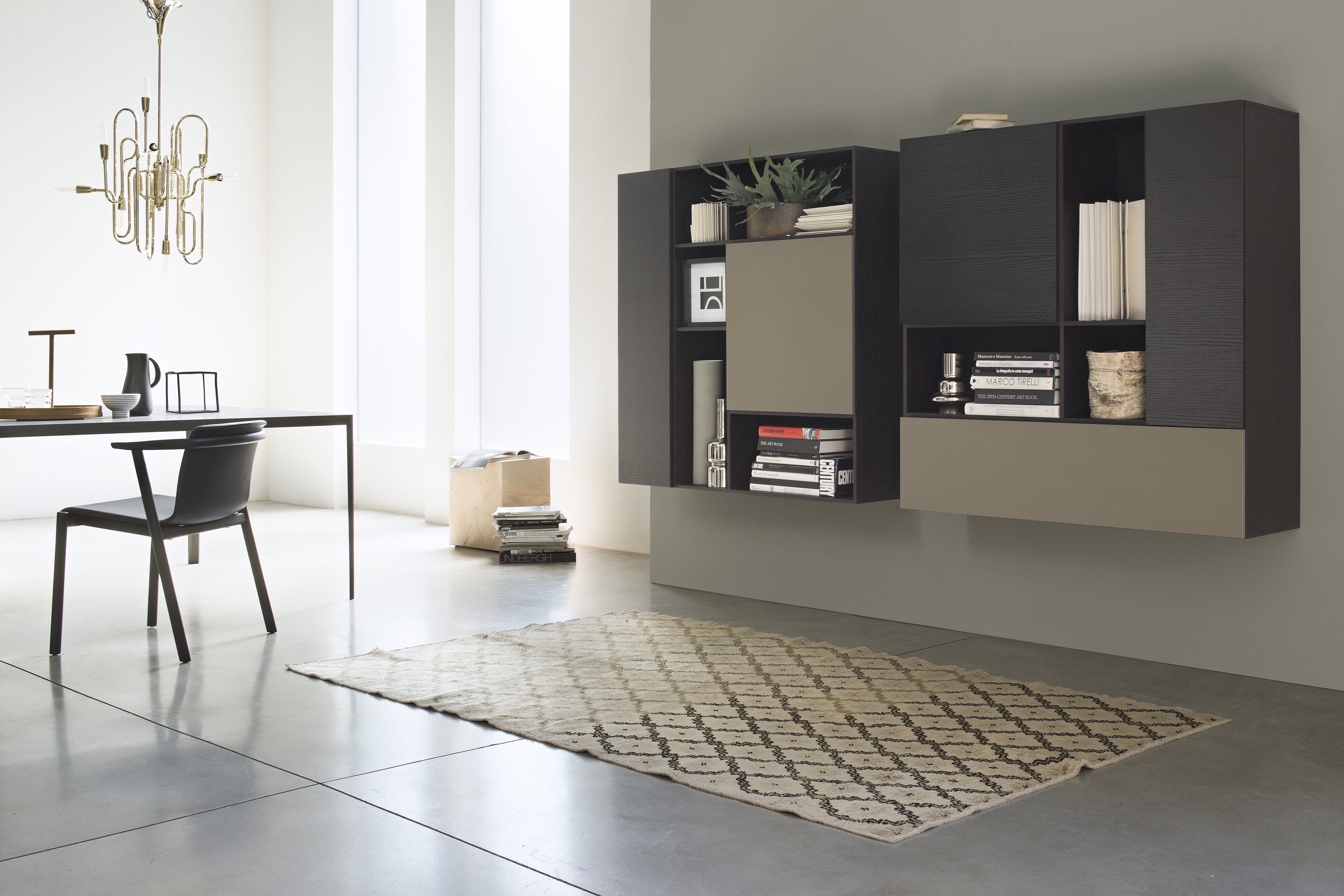 T030 libreria by lema design piero lissoni for Lema soggiorni moderni