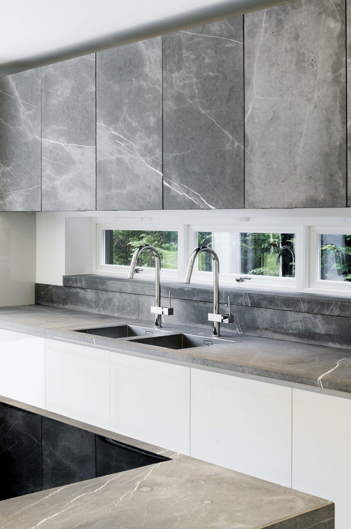 T45 Cucina in pietra naturale by TM Italia Cucine