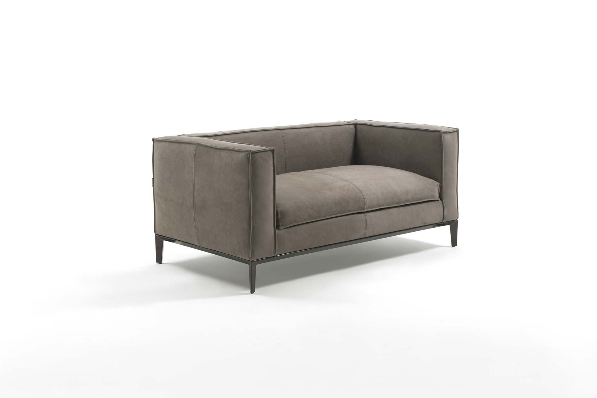 Taylor junior leather small sofa by frigerio poltrone e divani - Poltrone e sofa paris ...