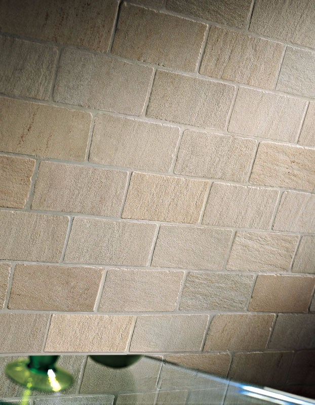 Pavimento/rivestimento effetto pietra per interni ed esterni ...