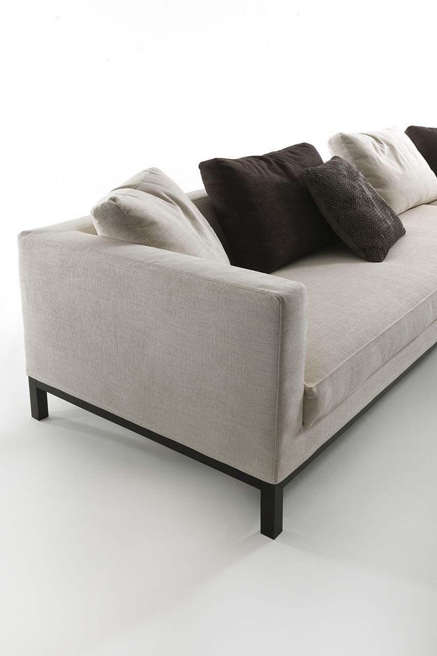 Sectional fabric sofa tito by frigerio poltrone e divani for Divani e sofa