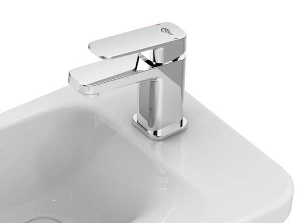 miscelatore per lavabo da piano monocomando tonic ii a6330 by ideal standard italia design. Black Bedroom Furniture Sets. Home Design Ideas