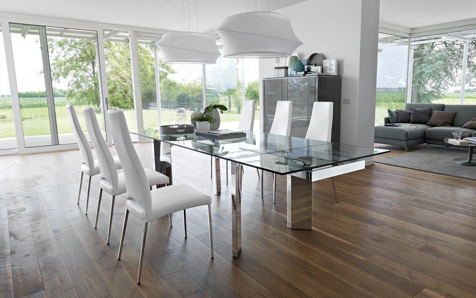 Tower tavolo in vetro by calligaris for Tavolo cristallo allungabile calligaris