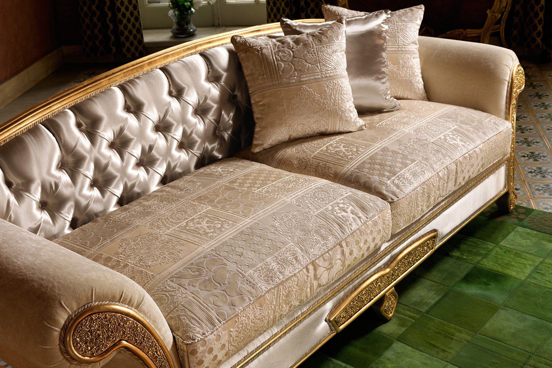 Trevi classic style sofa bed by domingo salotti for Classic style sofa