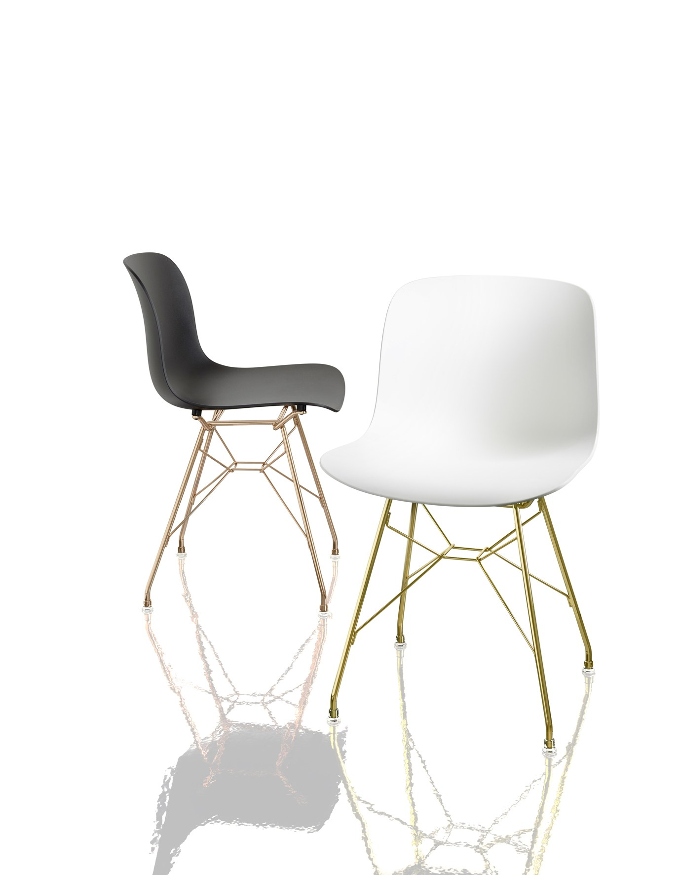 Troy polycarbonate chair by magis design marcel wanders for Magis chair