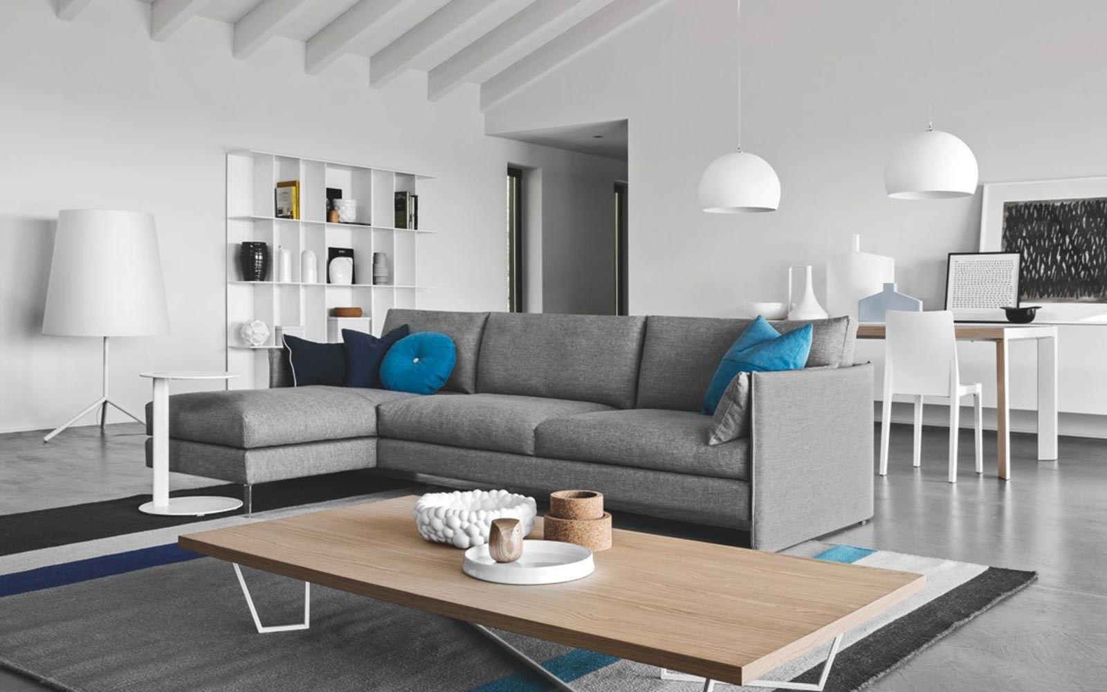 Divano componibile in tessuto urban by calligaris design for Mobili di design bernhardt