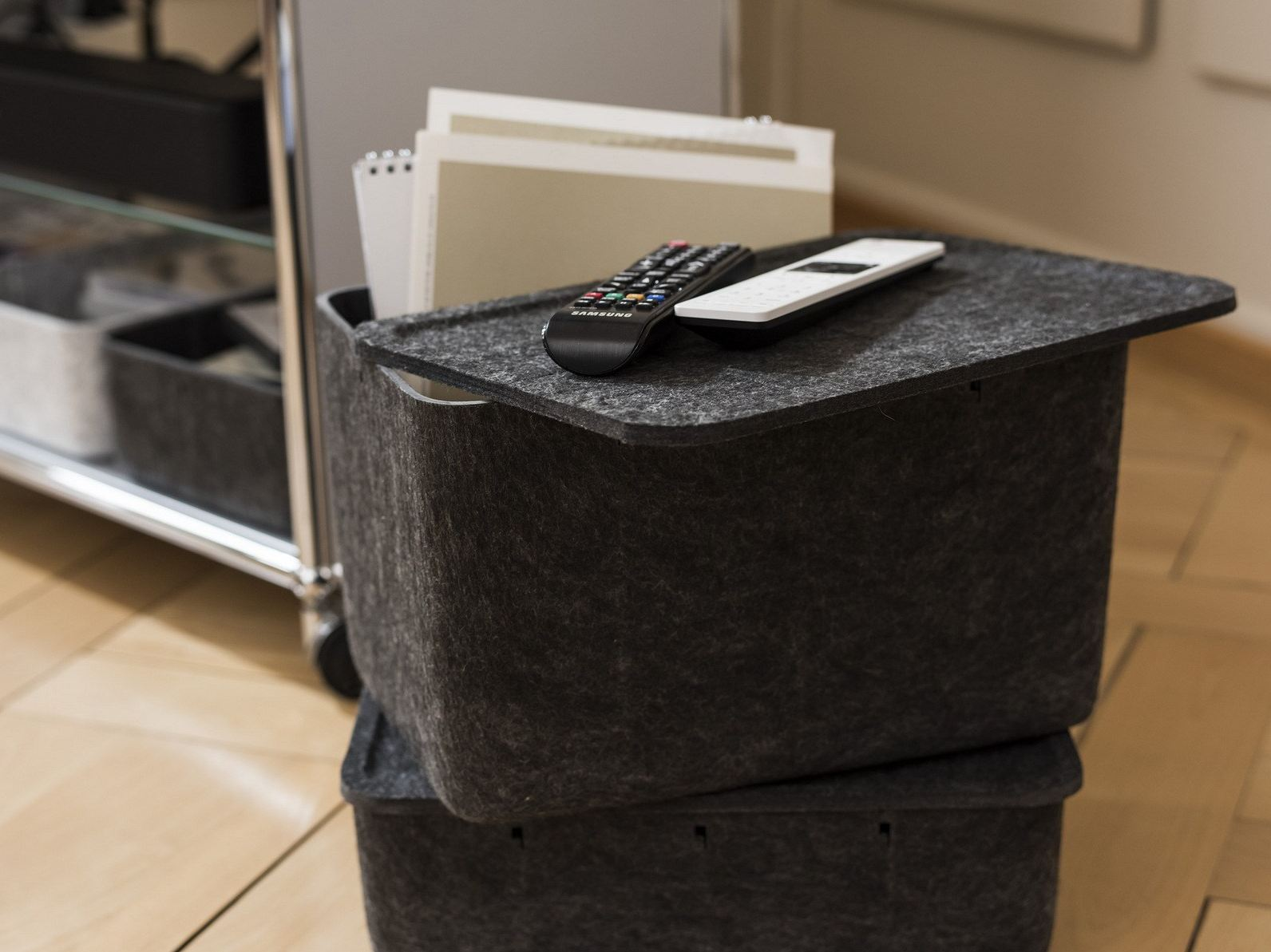 polyester fibre storage box usm inos box by usm modular. Black Bedroom Furniture Sets. Home Design Ideas