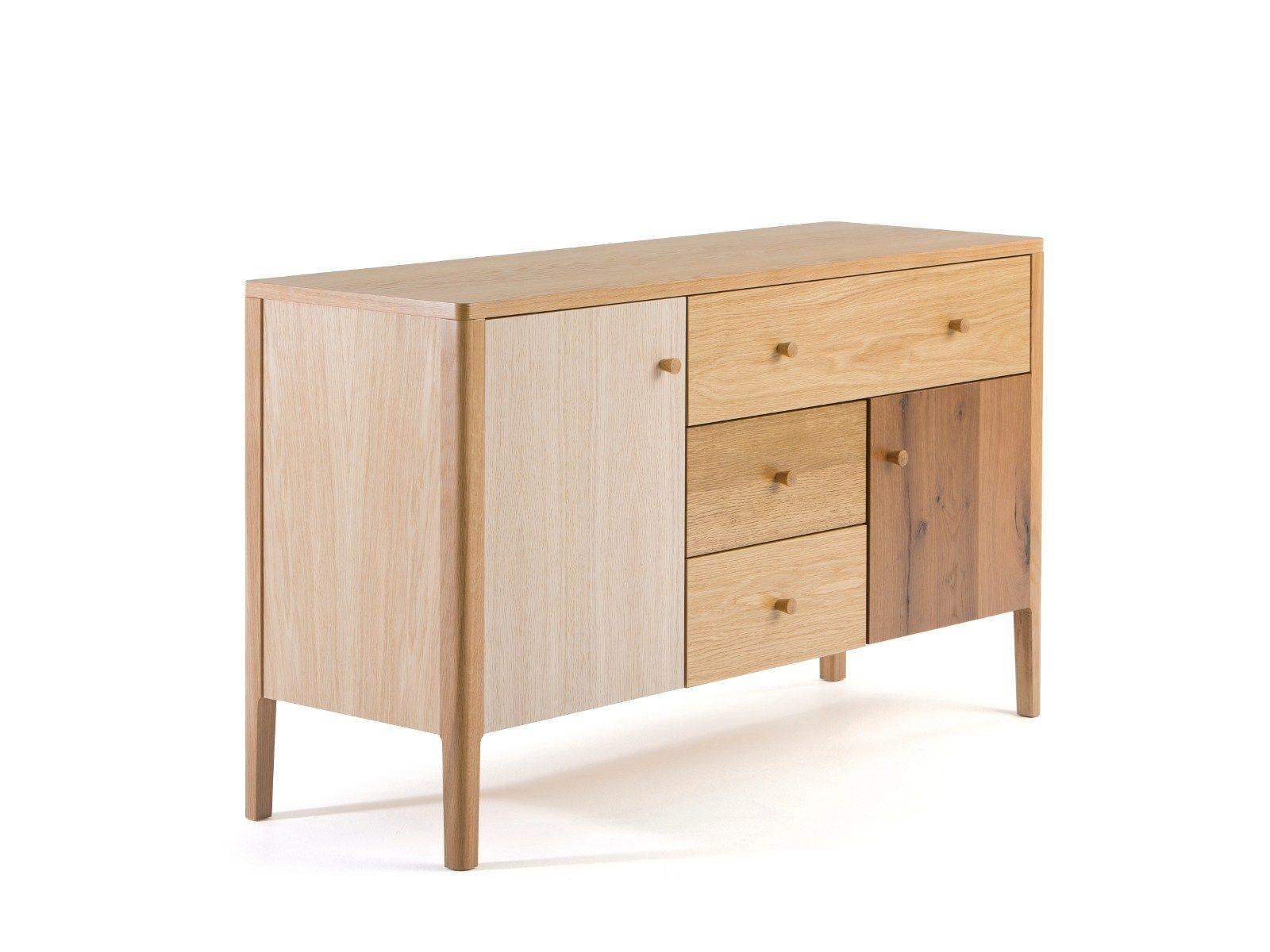 sideboard aus holz mit schubladen villa by woodman. Black Bedroom Furniture Sets. Home Design Ideas