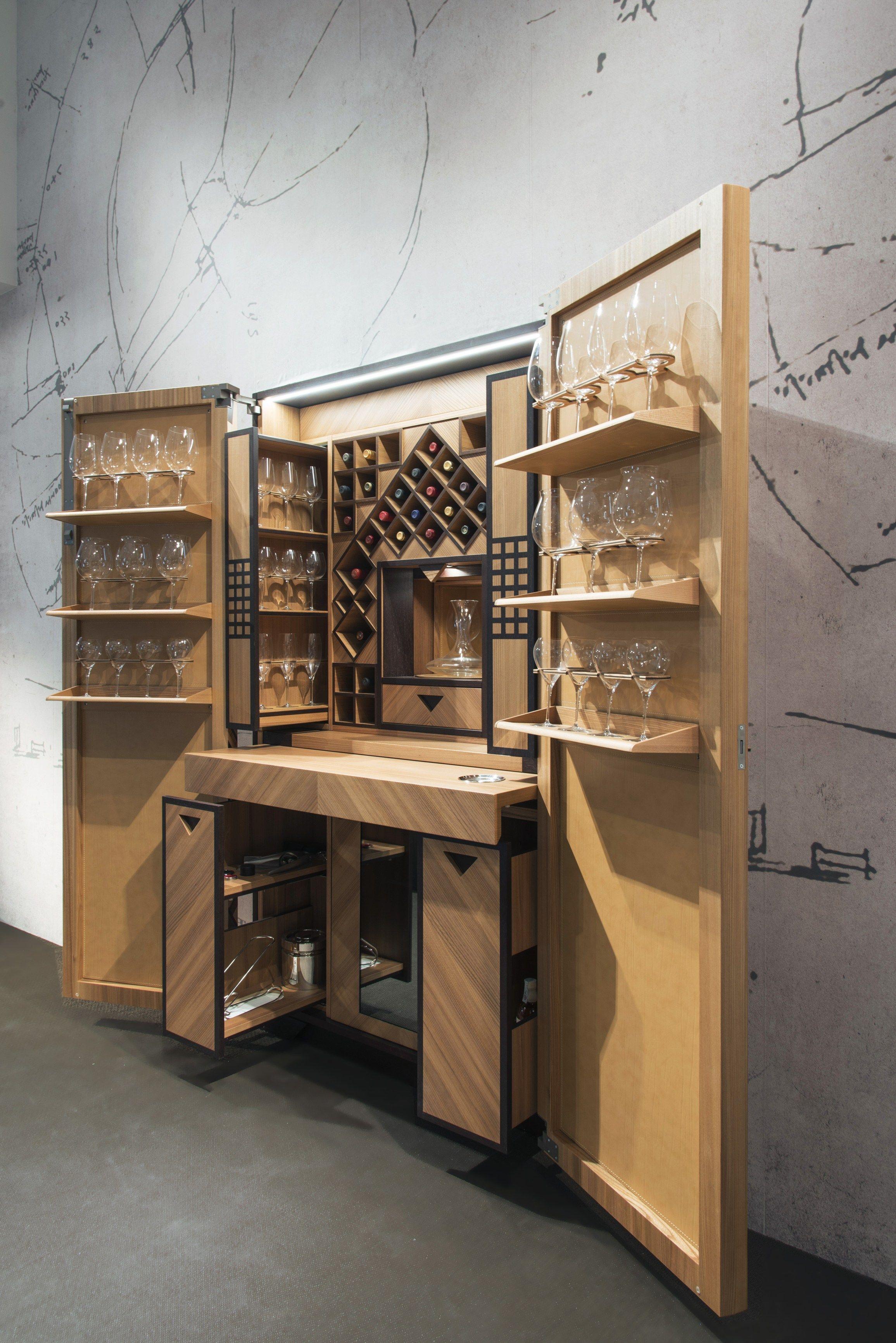 Mobile bar in legno intarsiato per vini colonna vino by for Toncelli cucine prezzi