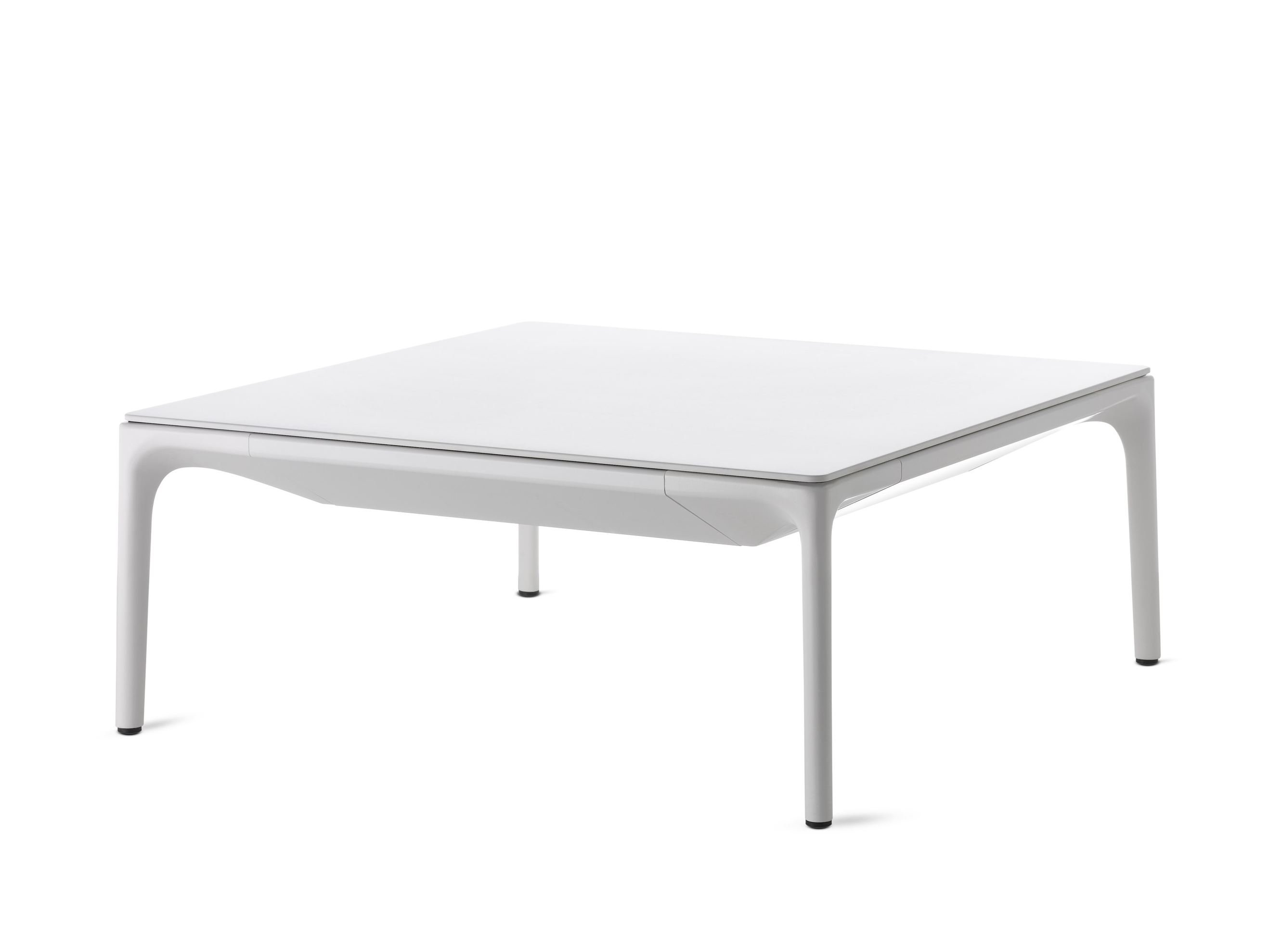 Yale coffee table by mdf italia design jean marie massaud for Table 140x140