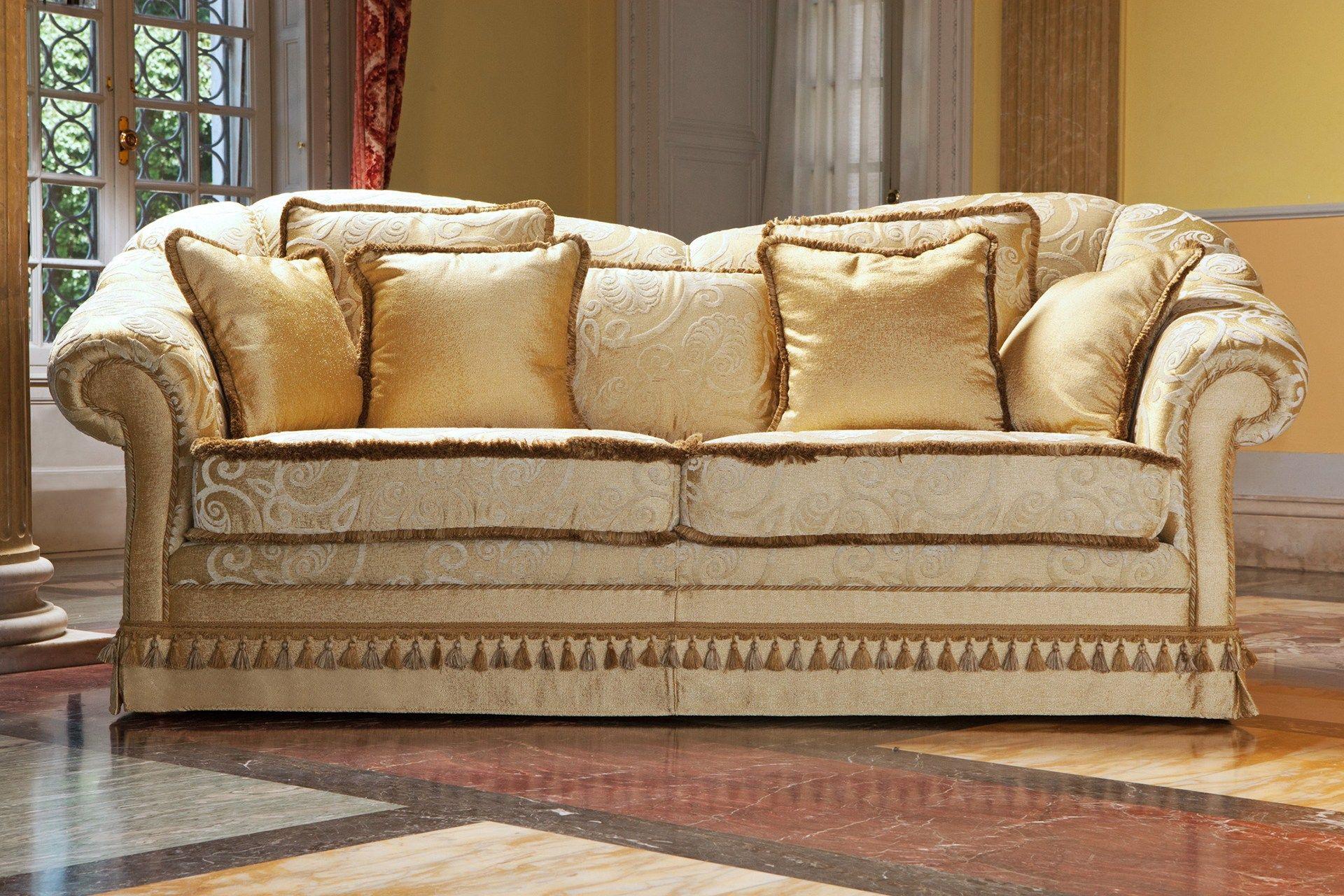 Zeryba divano in stile classico collezione zeryba by - Divano classico ...