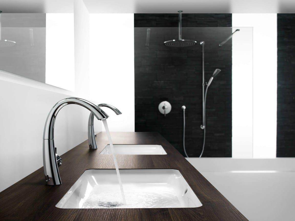 kwc zoe waschtisch mischbatterie mit led licht by franke water systems ag kwc. Black Bedroom Furniture Sets. Home Design Ideas