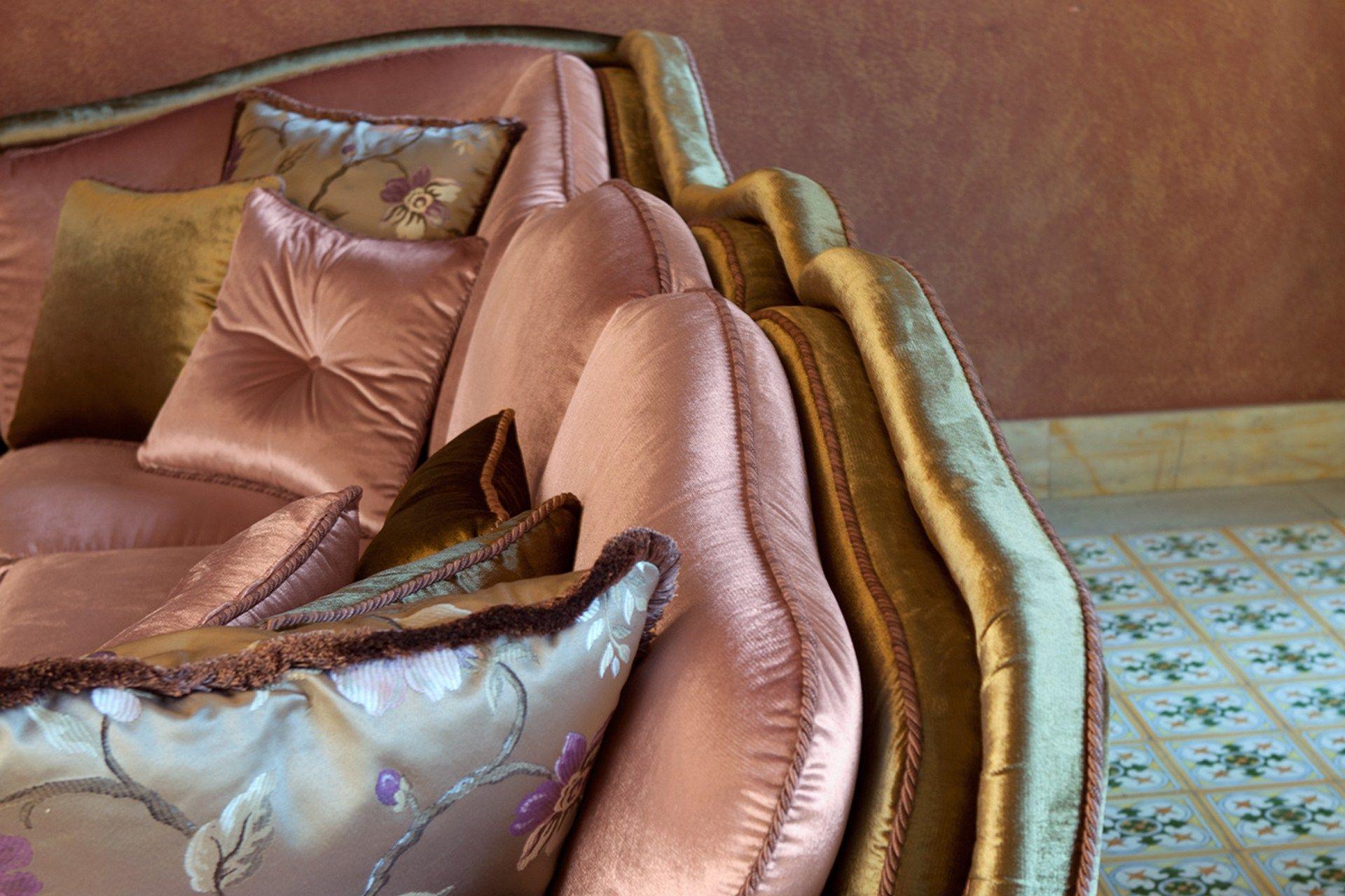 Divano angolare sfoderabile in tessuto arthur divano for Salotti particolari